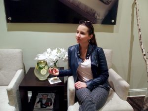 thibiant+ beverly hills + laser + facial + treatments + los angeles + institute + gen v + no downtime + institute + coupon + offer + beauty blogger + los angeles blogger + style blogger + review + + holiday + house of comil + blogger + influencer + julia comil