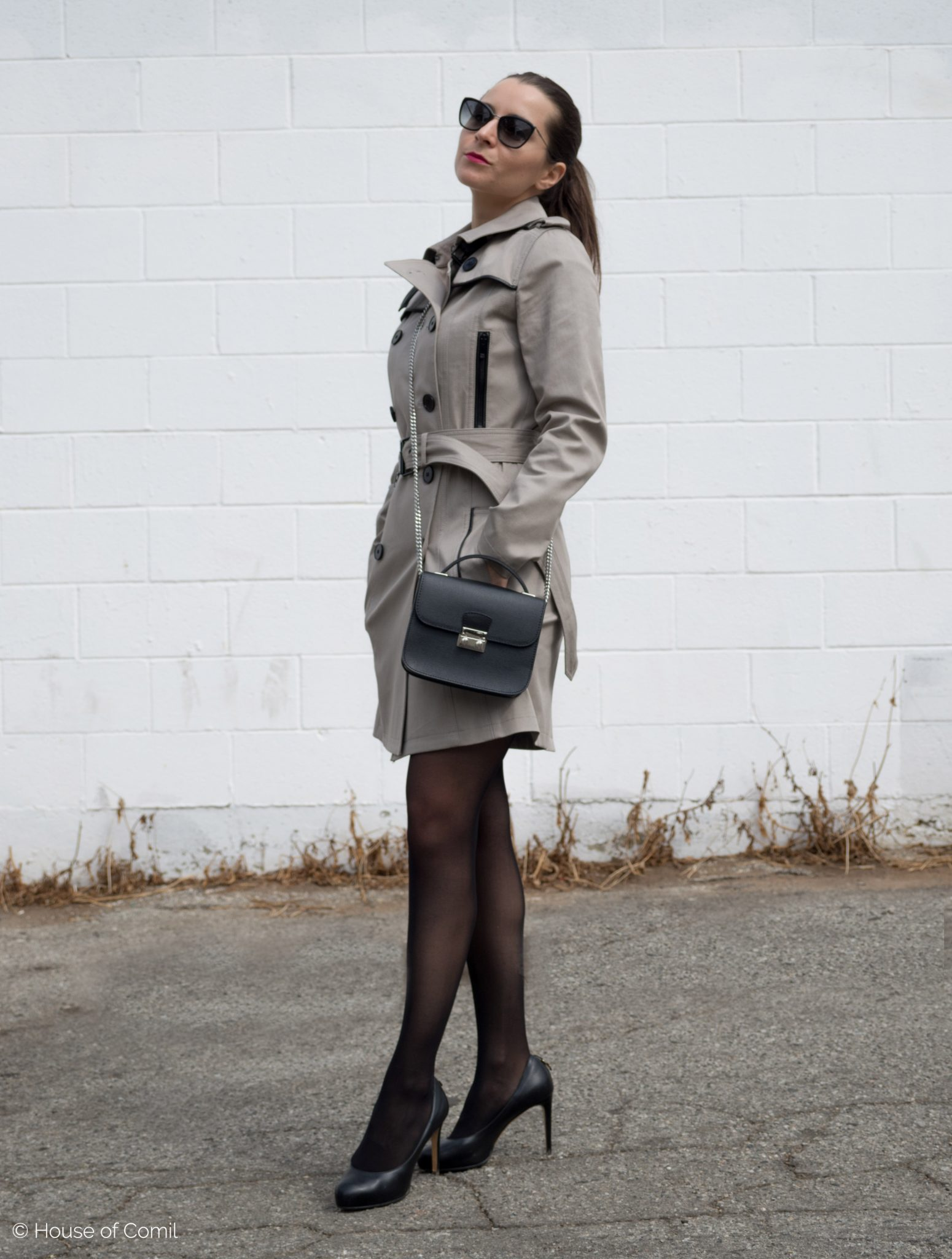 The Olive trench coat from The Kooples and gorgeous Maia Cross body bag from Armadio on Houseofcomil.com. Click to read more or pin to save for later.