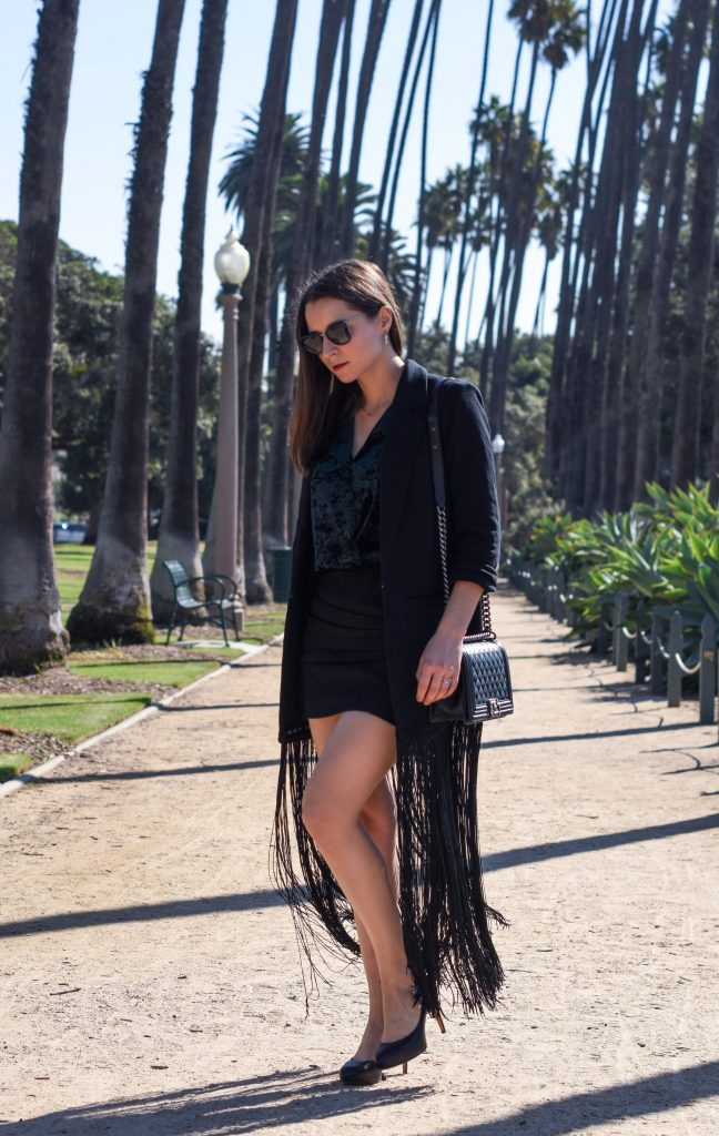 Velvet and Fringe Blazer. This full holiday end of the year look on Houseofcomil.com. Click to read more or pin to save for later.