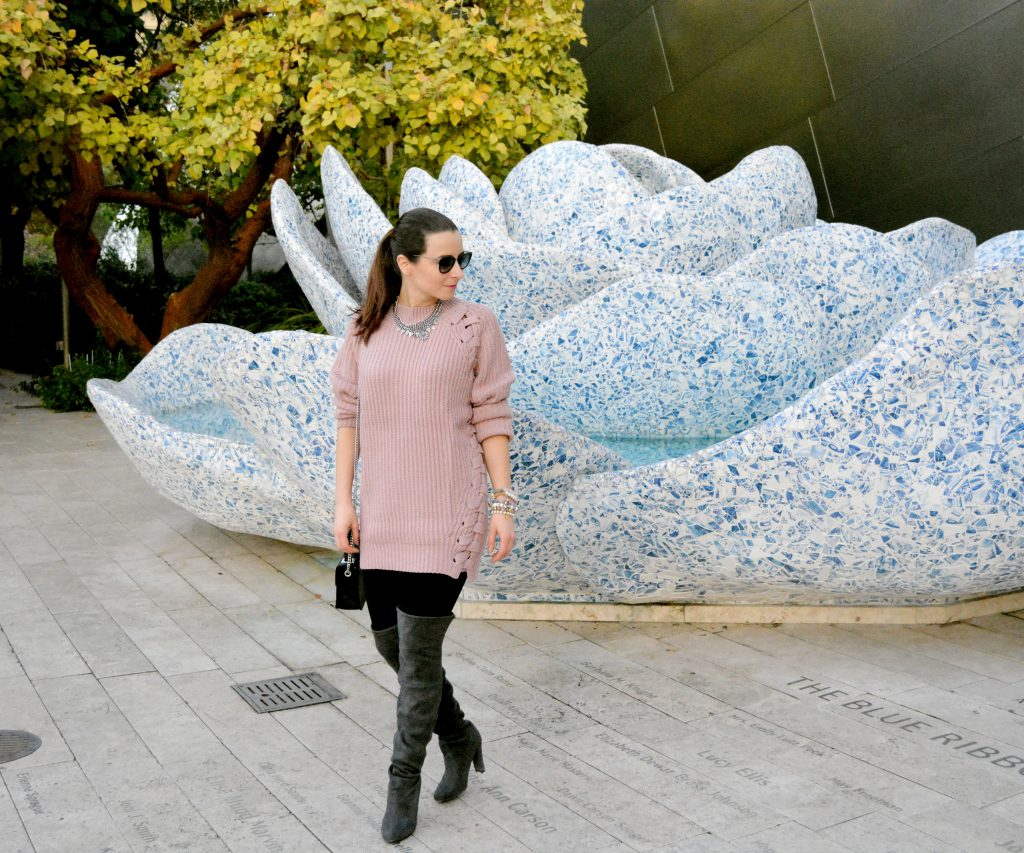 sweater + lace-up + lace up+ pink + cozy + winter style + winter look + winter outfits + winter outfit + look layering + layering look + outfit + plaid + tobi + shoptobi + Los Angeles + Lablogger + style + blogger + fashion + inspiration + house of comil + lifestyle + houseofcomil + ootd + look + outfit + luxury + la blogger + best + of + style blogger + fashion blogger