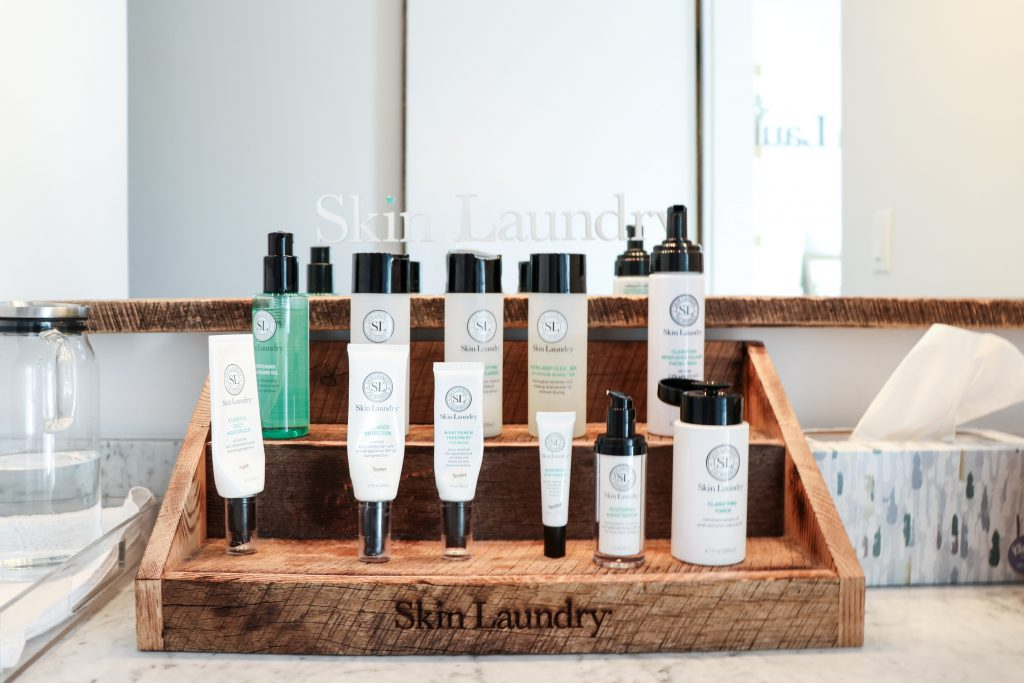 Review of Skin Laundry Laser Facials with no downtime on Houseofcomil.com. Click to read more or pin to save it for later.