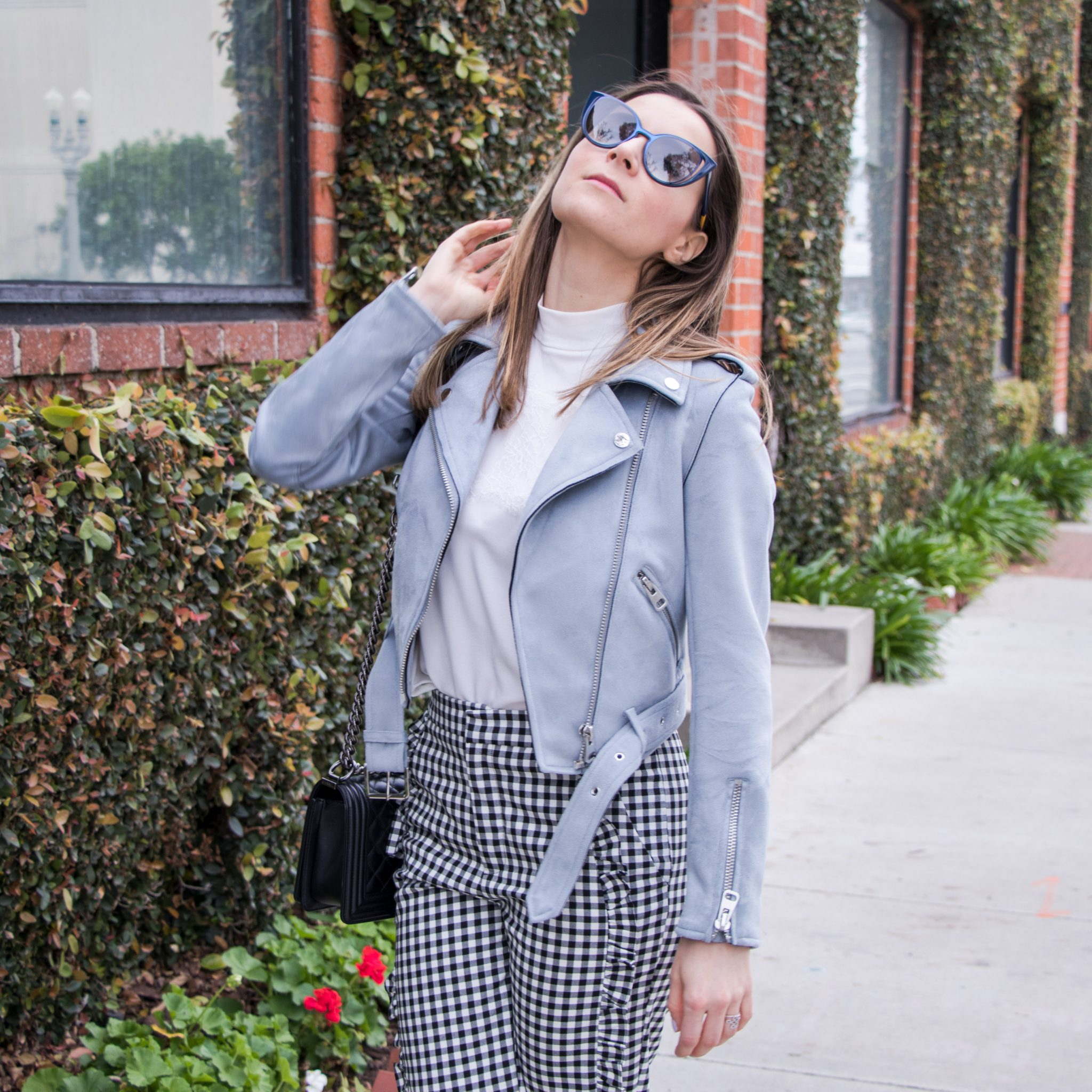 Spring style 2017 Vichy Gingham and ruffles on Houseofcomil.com. Click to read more or pin to save it for later.