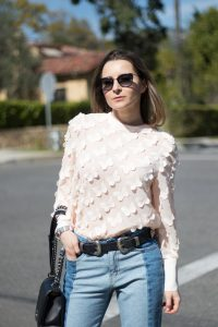 How to style the mom jeans - Jeans from Storets - More on Houseofcomil.com