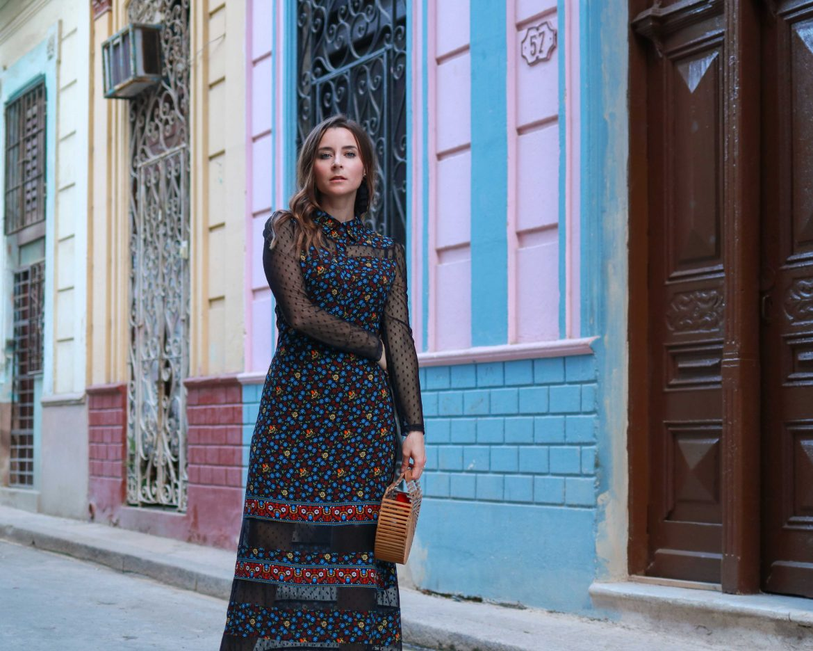 Cuba Fashion Diaries: The Winter dress from Maje Paris. Rezia: A long dress perfect for the petite silhouette. By French fashion blogger. Inspirations and more on Houseofcomil.com. House of Comil is a Fashion and Lifestyle blog edited by Julia Comil, A French Fashion Blogger in Los Angeles