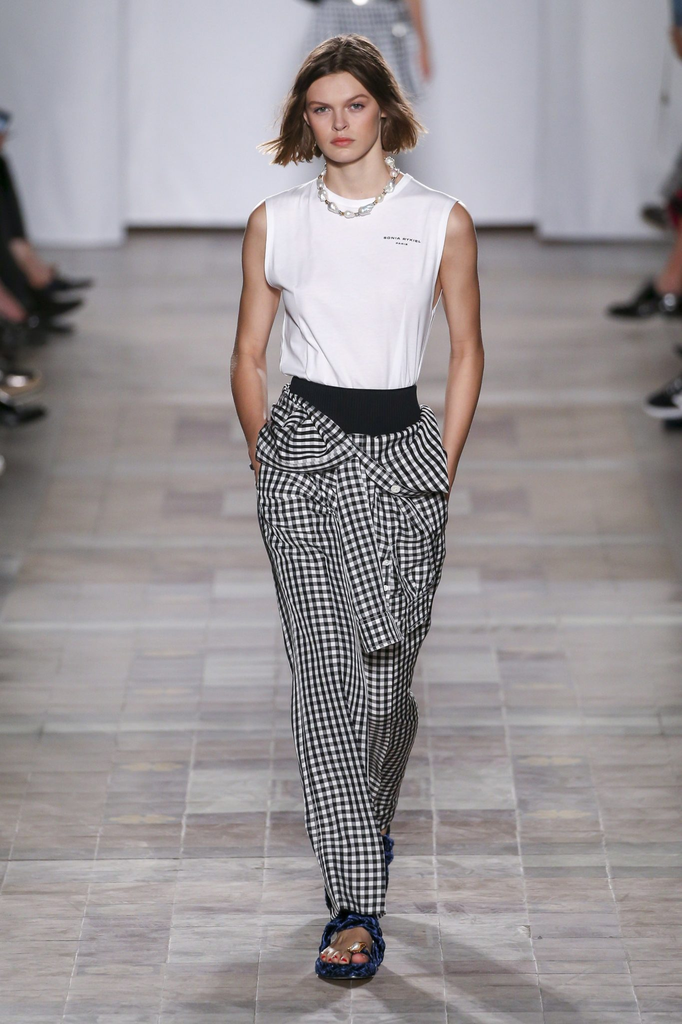 d2969d3609 Spring 2018 trends - Spring Fashion Week 2018 Coverage