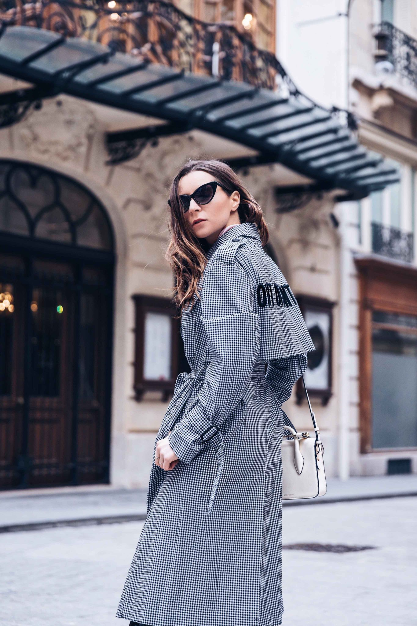 Spring Trench Coat - Gingham Trench Coat - Long Trench coat - Out Of Control - Mo&Co - Paris - Fashion Blogger