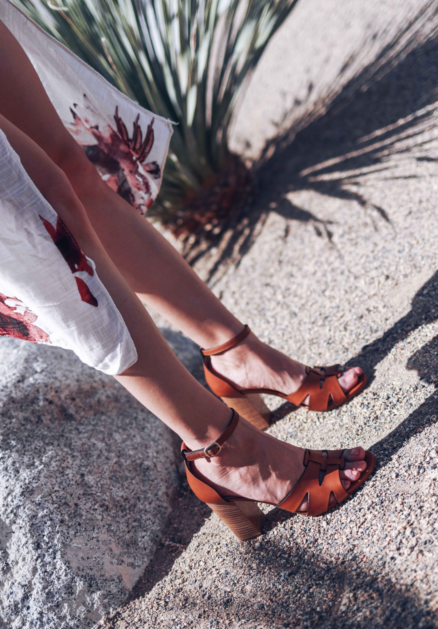 M.Gemi - The Attrice - Summer Sandals and Summer Mules: favorite womens sandals for this summer on Houseofcomil.com. M.Gemi coupon code inside of the blogpost
