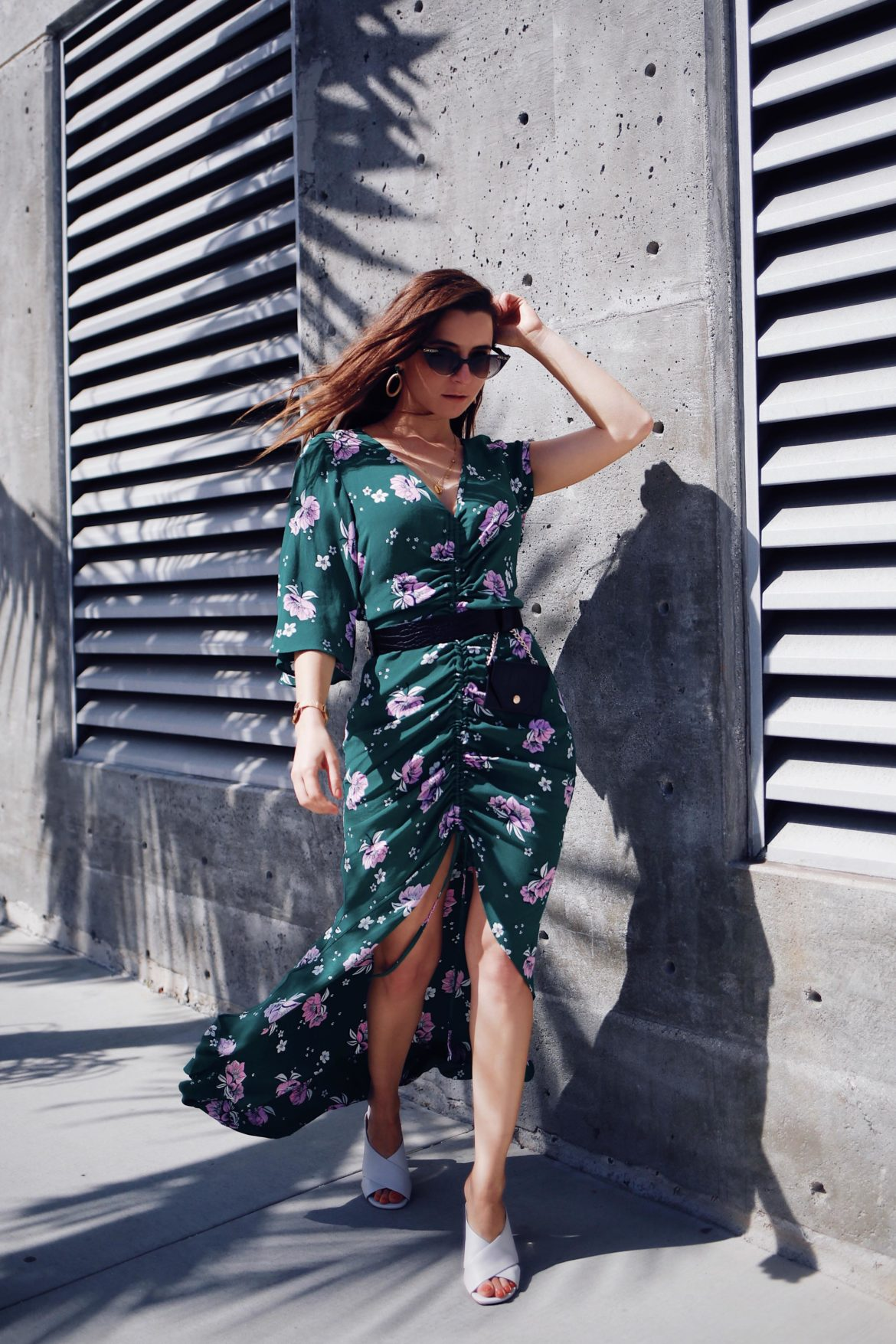 Green floral print ruched front maxi dress by river island - Update your spring wardrobe with the floral trend: floral blazer, floral jumpsuit, floral dress, floral pants. Spring wardrobe essentials 2018 from River Island curated by Julia Comil, fashion blogger with a vintage feel