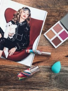 Josie Maran Cosmetics: Cruelty Free Make-Up Brand made with Argan oil - 5 best USA cosmeticbrands, French girls can be envious about! Discover the clean beauty brands loved by the French blogger Julia Comil