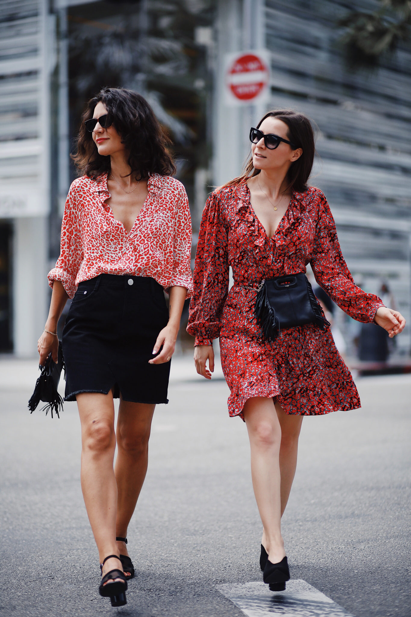 French Fashion Bloggers Julia Comil and Laura Albouy wearing the Maje Pre Fall Collection 2018 for the Maje Shopping Party in Beverly Drive - Trend: Leopard Print Dress Maje Mini M Bag Belt Bag - Parisian Style - French Fashion Blogger Los Angeles - Lookbook - Maje Beverly Drive
