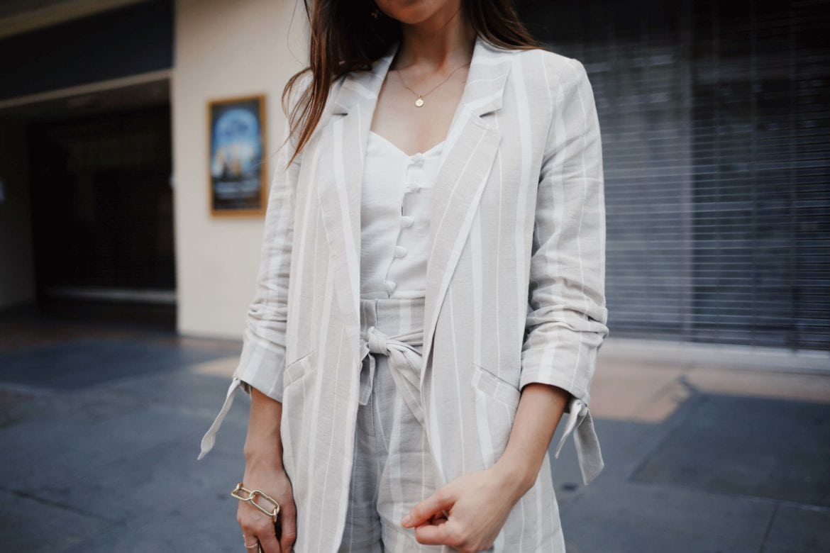 Linen clothing: How to style linen for Summer - The linen suits for work and the bardot dress from River Island. Summer style - Read this post for summer outfit ideas using linen fabric. More on modersvp.com by fashion blogger Julia Comil