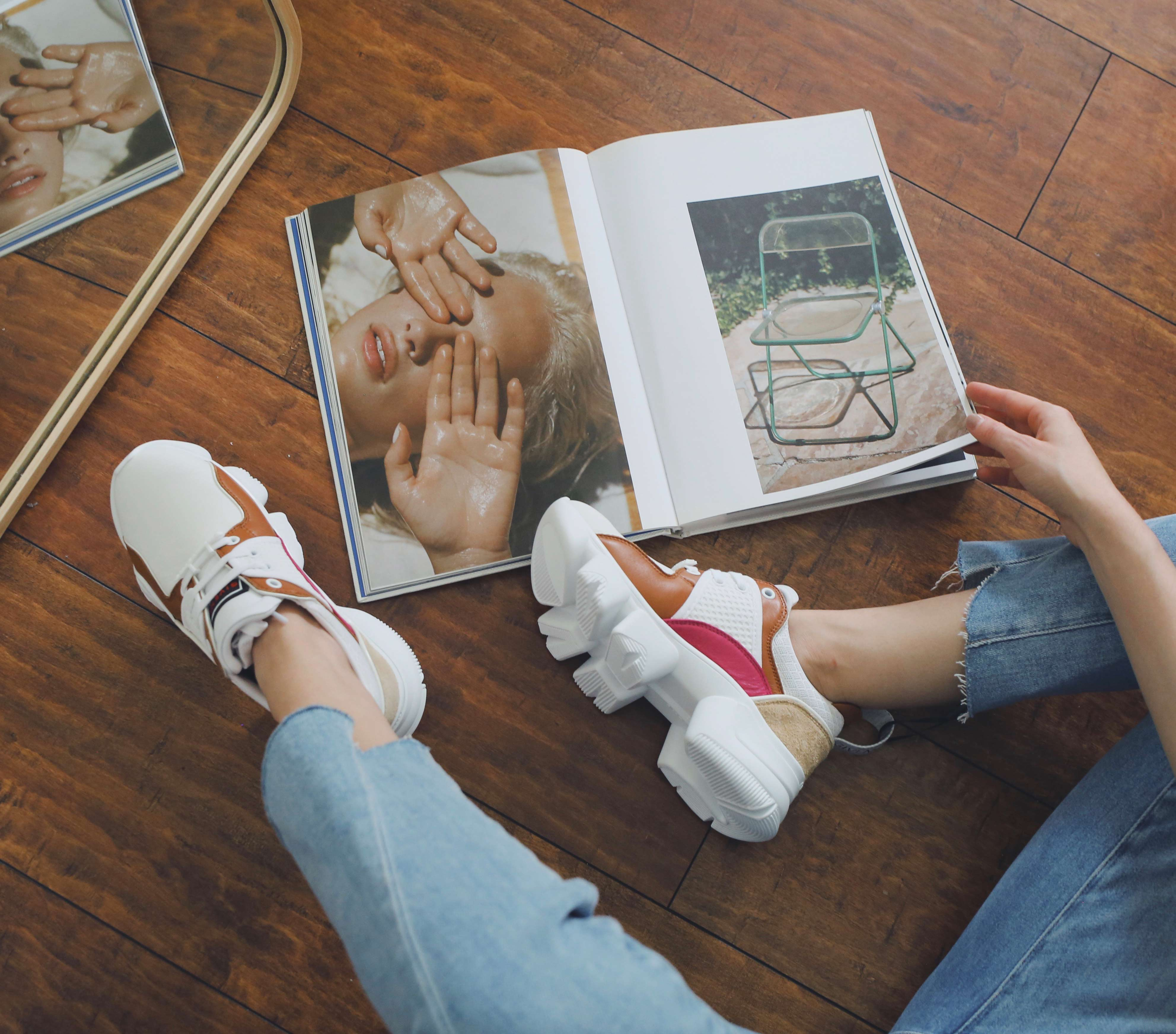 5 best Fall Winter 2019 shoes and boots trends: crocodile embossed boots, square toe shoes, combat boots, loose boots, animal print shoes, dad sneakers. givenchy jaw sneakers / luxury sneakers