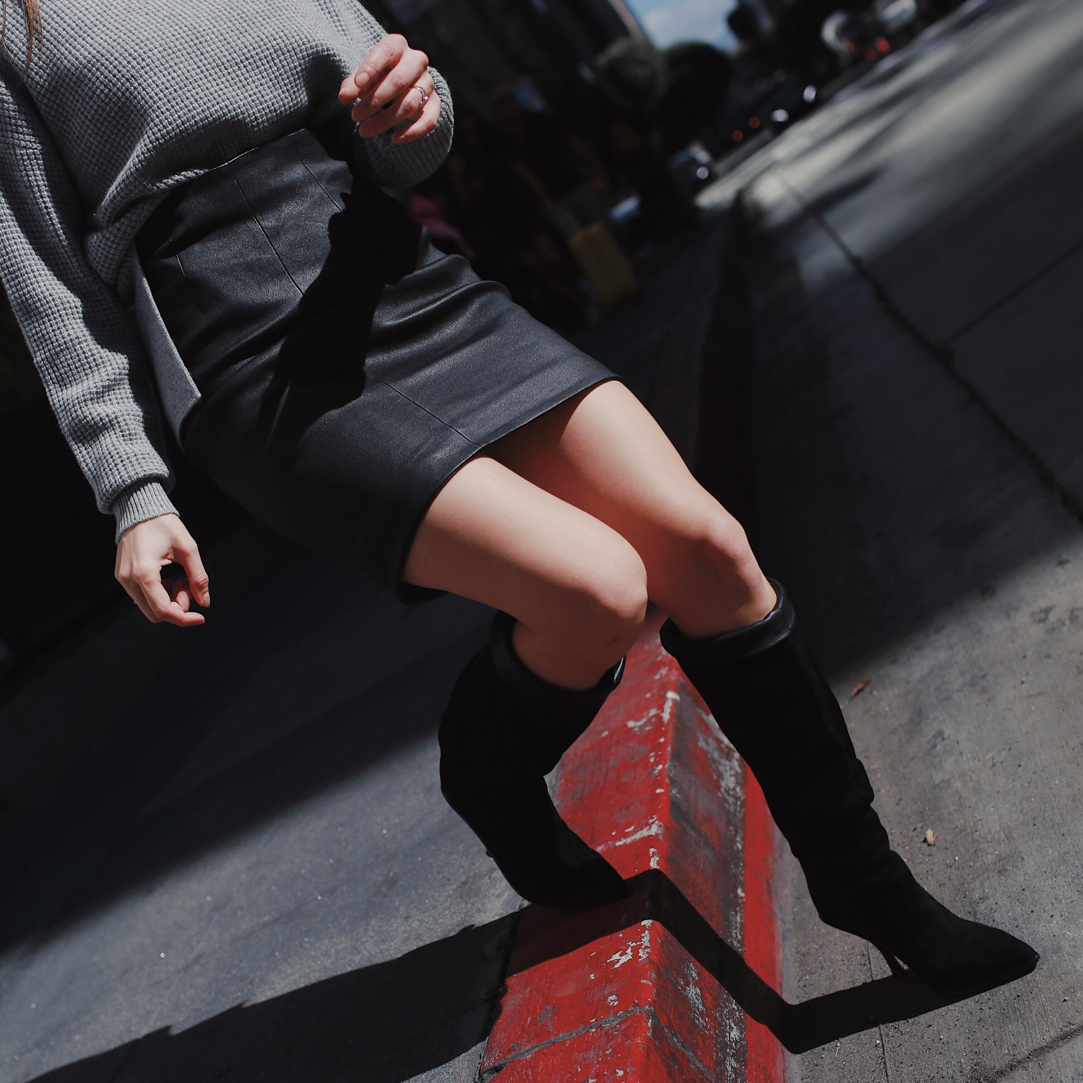 5 best Fall Winter 2018 shoes and boots trends: western boots, combat boots, loose boots, animal print shoes, dad sneakers. loose knee high boots sigerson morrison