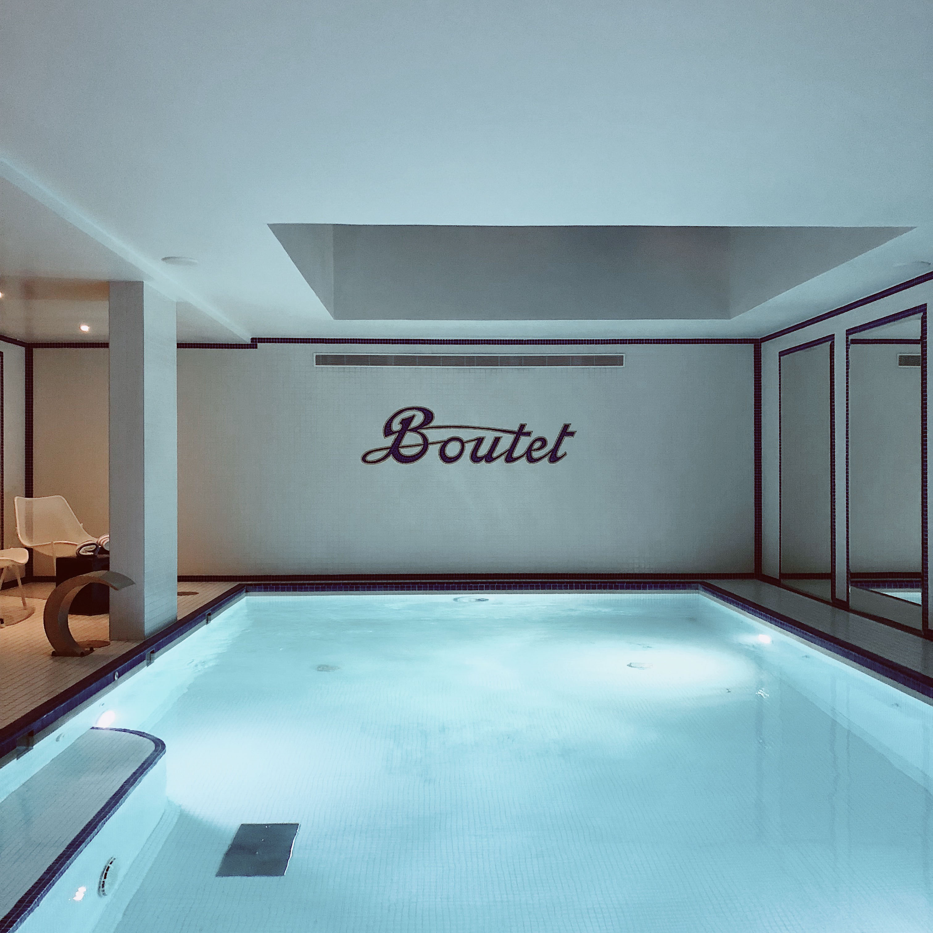 Hotel Boutet Spa- Best shopping addresses in Paris by a fashion blogger - where to shop in Paris _ Paris Le Marais and Haut Marais - Where to stay in Paris: Luxury Hotel Le Boutet