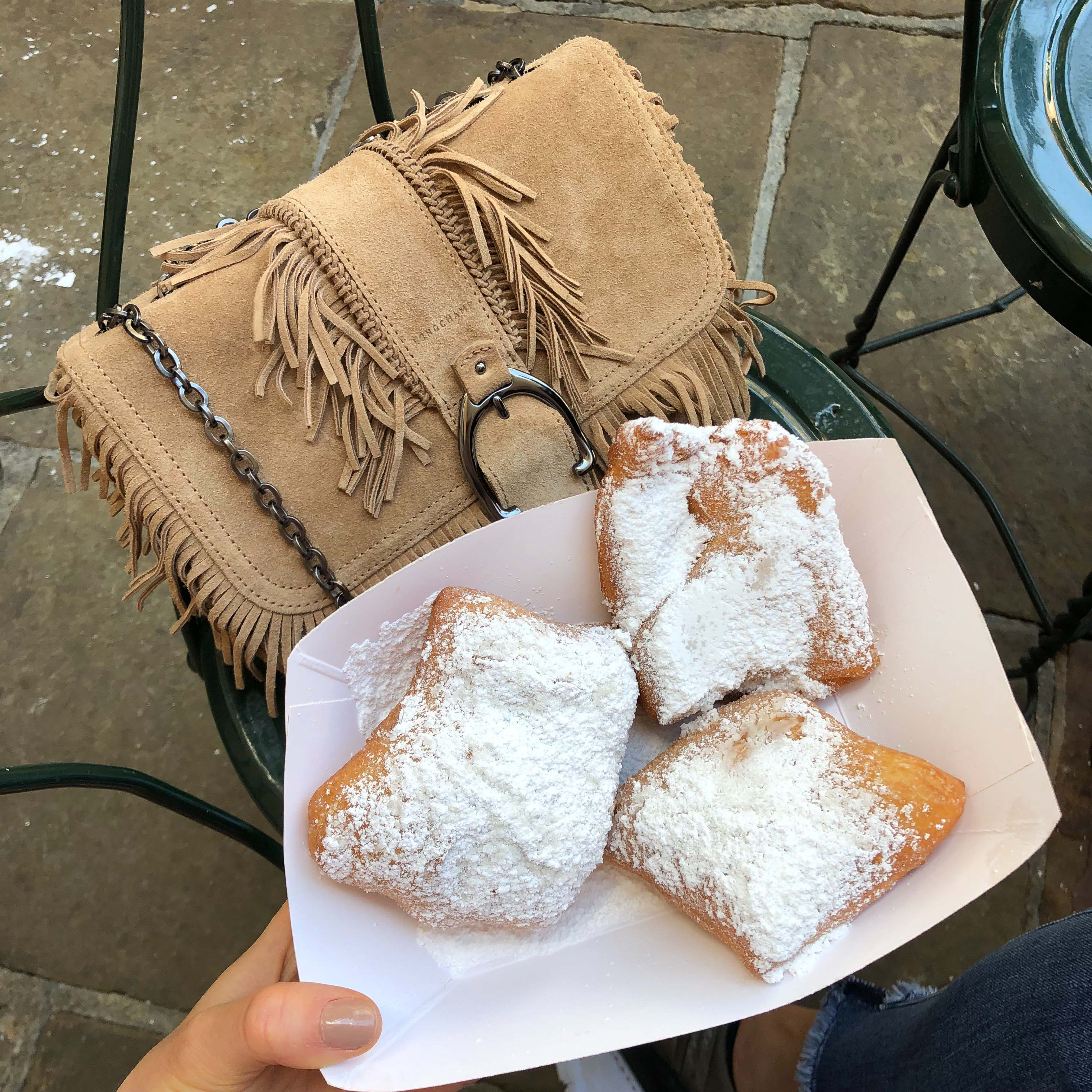 Cafe Beignet food in New Orleans - French Quarter - New Orleans Travel Guide - NOLA City guide - by fashion blogger Julia Comil