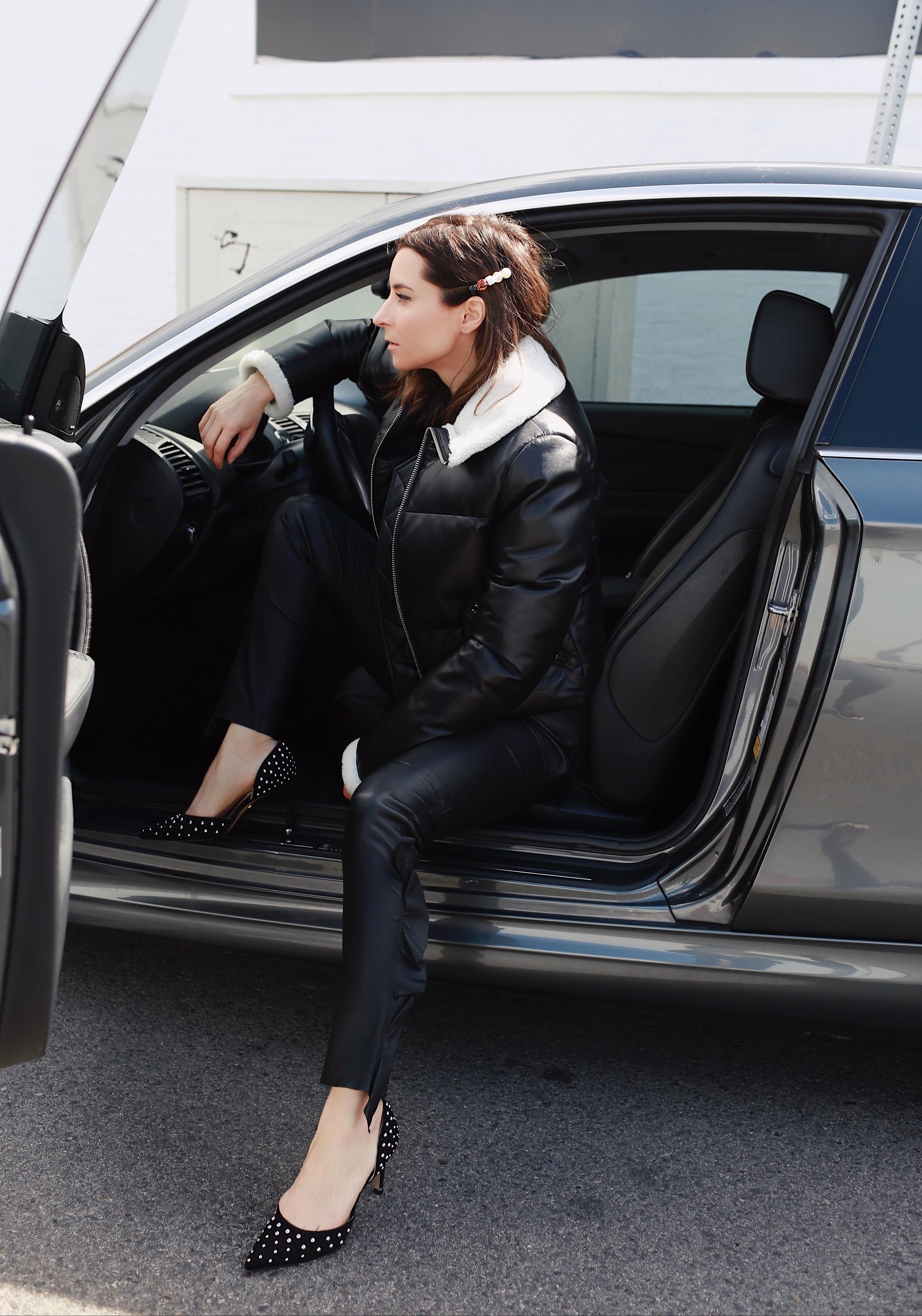 85 Riley studded d Orsay pumps Kenneth Cole Tech cole footwear Riley shoes comfortable versatile stylish pumps perfect to commute #HeelsForTheHustle #WhatMovesYou car commute