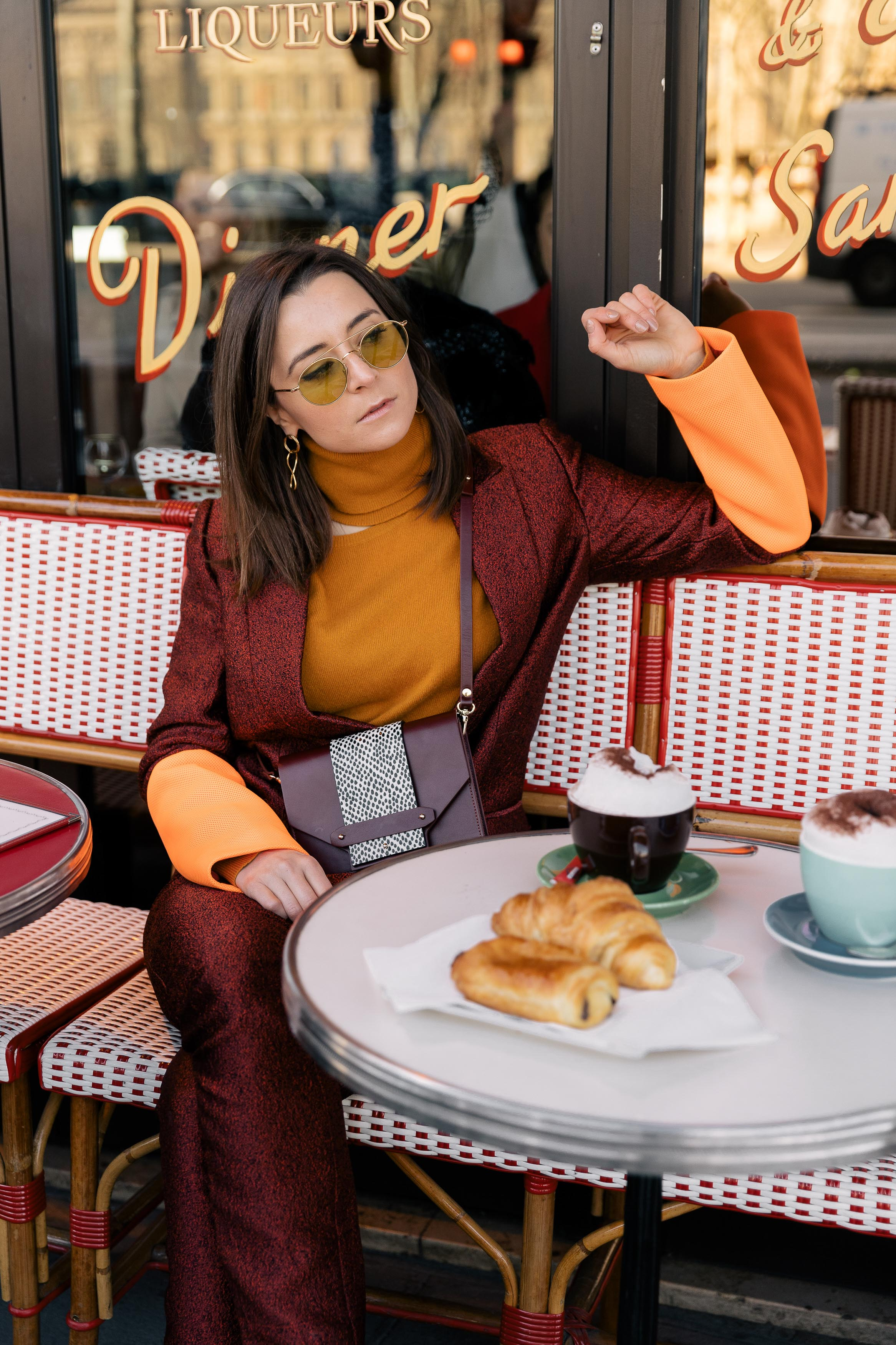 ce6d7df5bb61 Best Street Style Paris Fashion Week Mars 2019 Julia Comil / French Fashion  Blogger in Los ...
