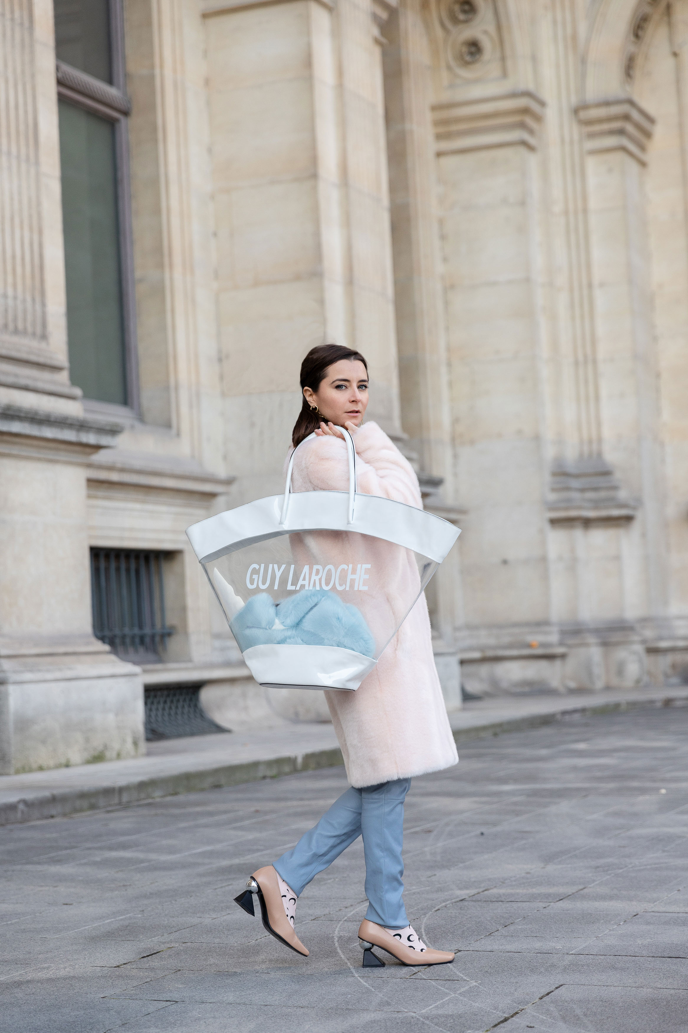 91916cdc62e8 Guy Laroche Best Street Style Paris Fashion Week Mars 2019 Julia Comil /  French Fashion Blogger ...