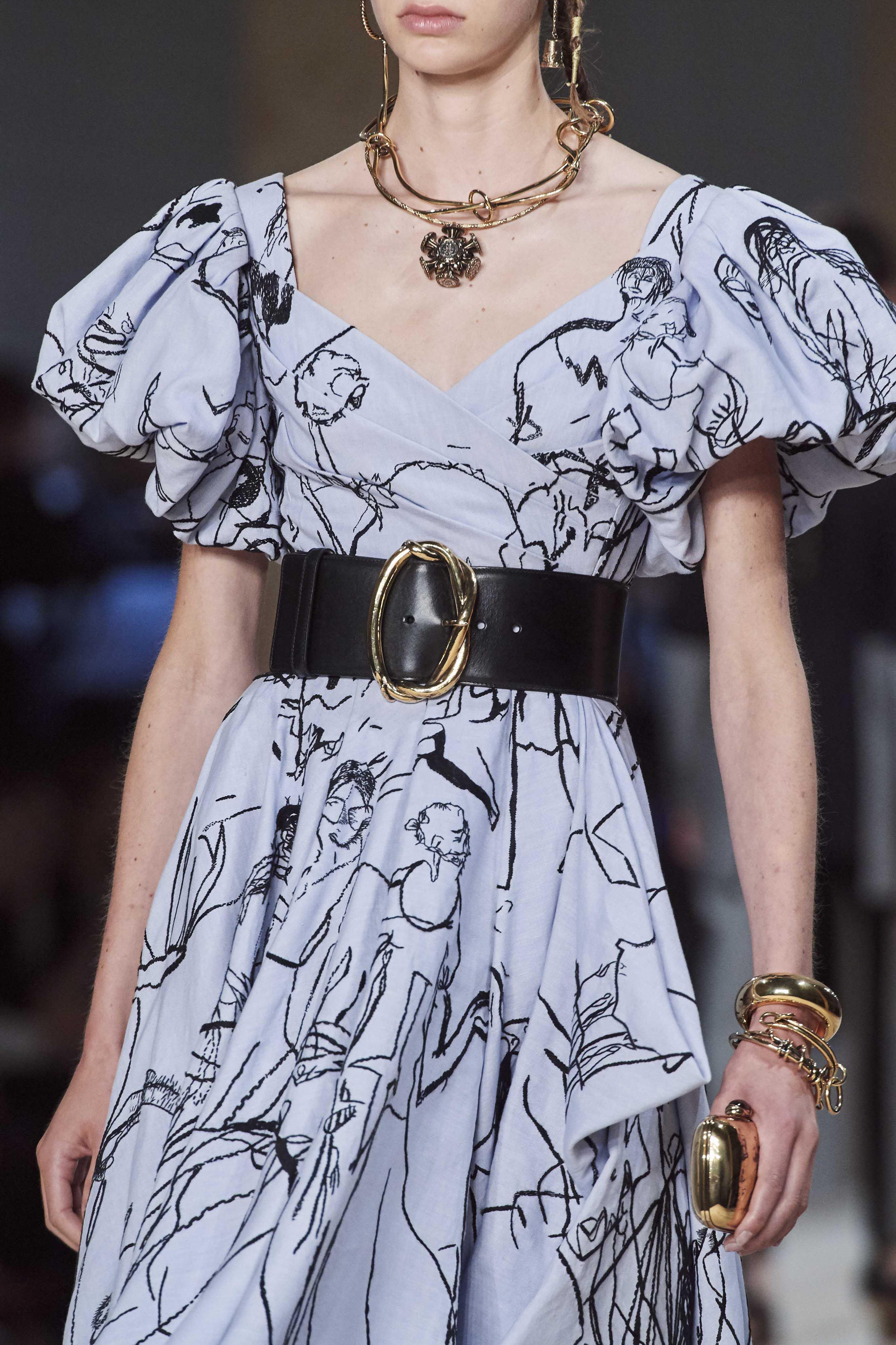 Alexander Mc Queen Spring Summer 2020 SS2020 trends runway coverage Ready To Wear Vogue belt