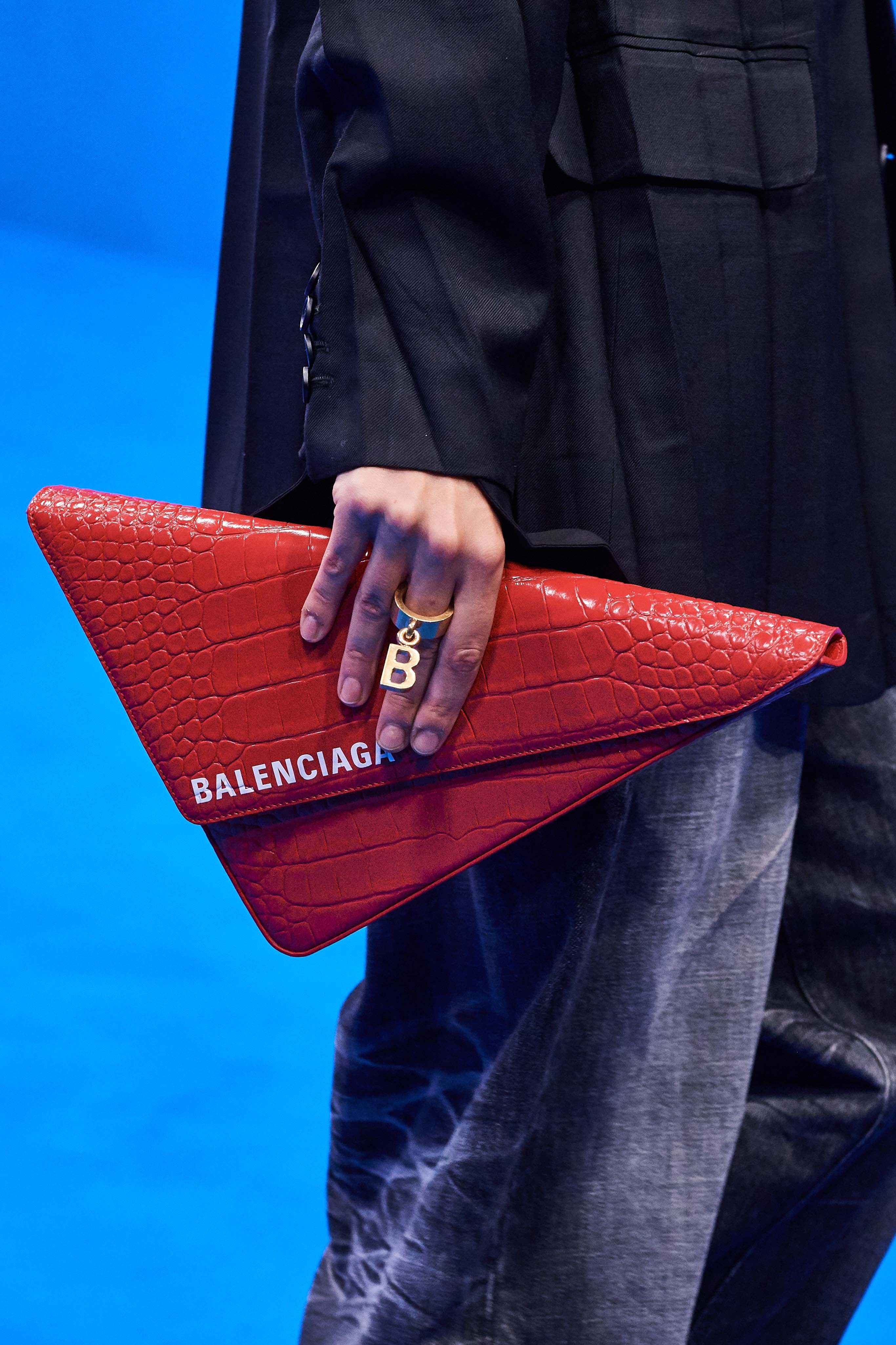 Balenciaga Spring Summer 2020 SS2020 trends runway coverage Ready To Wear Vogue bag and ring
