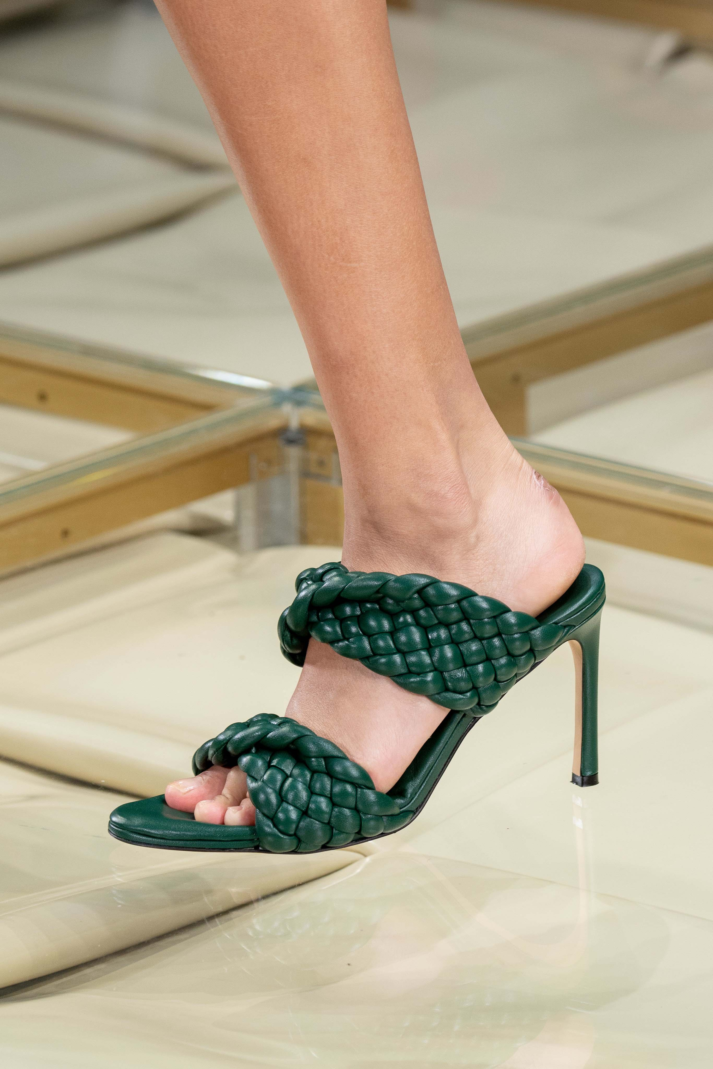 Bottega Veneta Spring Summer 2020 SS2020 trends runway coverage Ready To Wear Vogue shoes