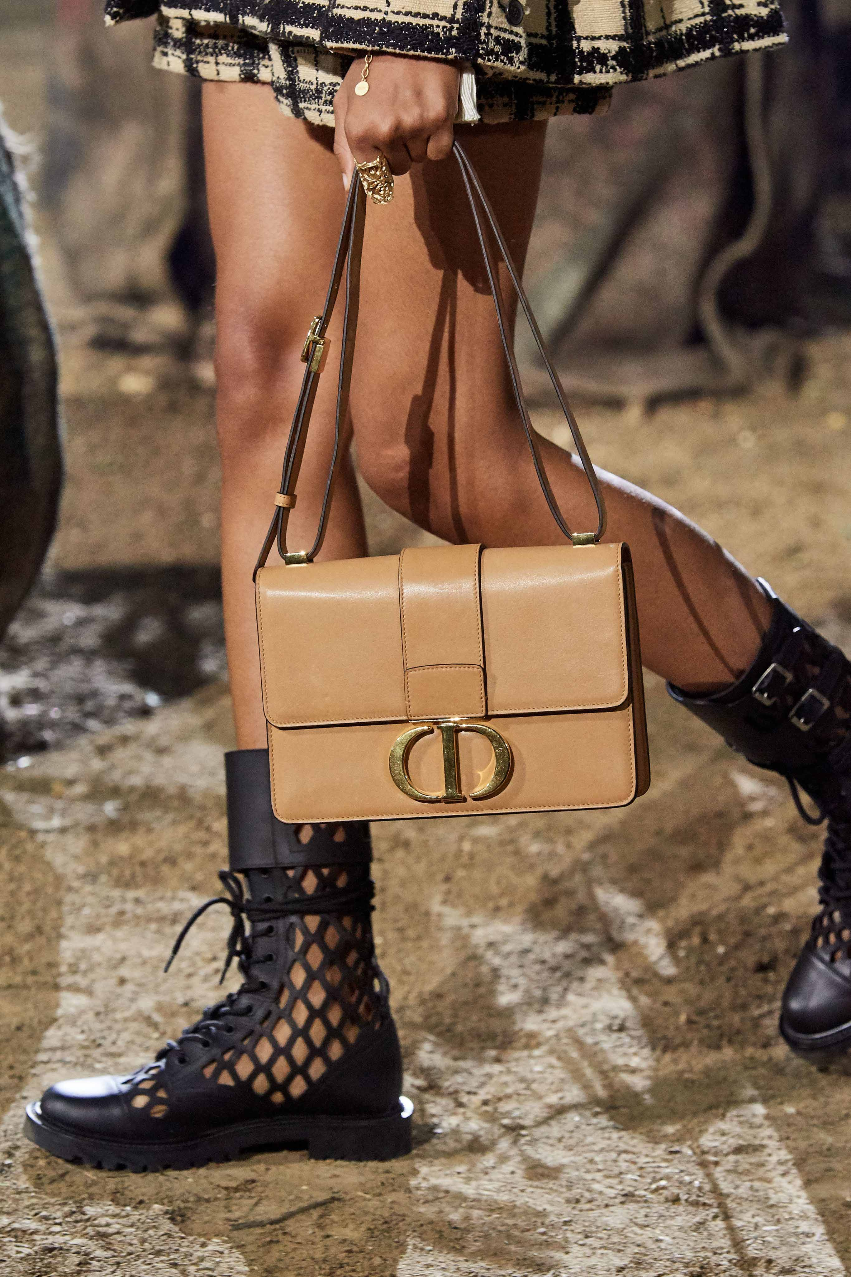 Christian Dior Spring Summer 2020 SS2020 trends runway coverage Ready To Wear Vogue details bag