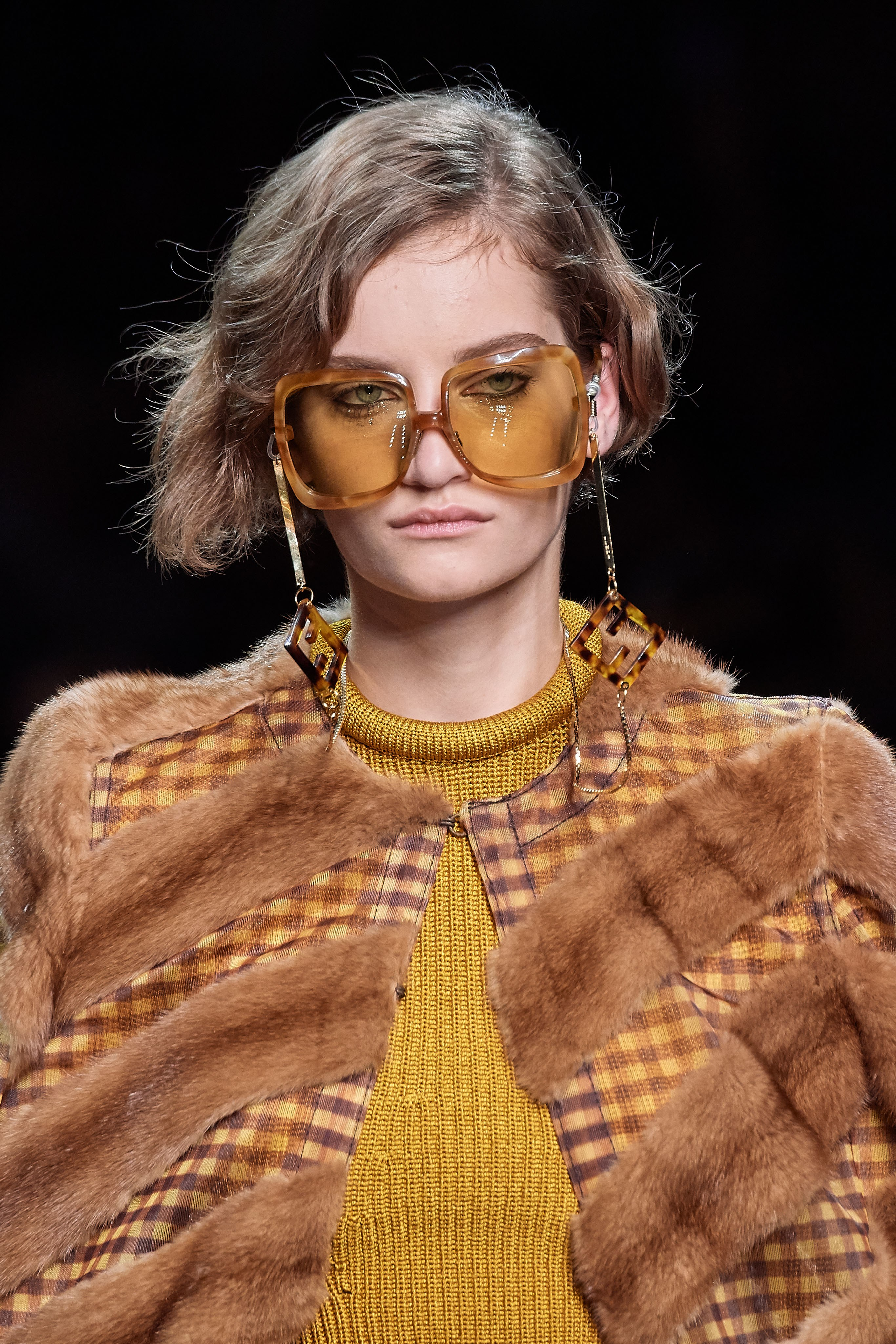 Fendi Spring Summer 2020 SS2020 trends runway coverage Ready To Wear Vogue granny sunglasses