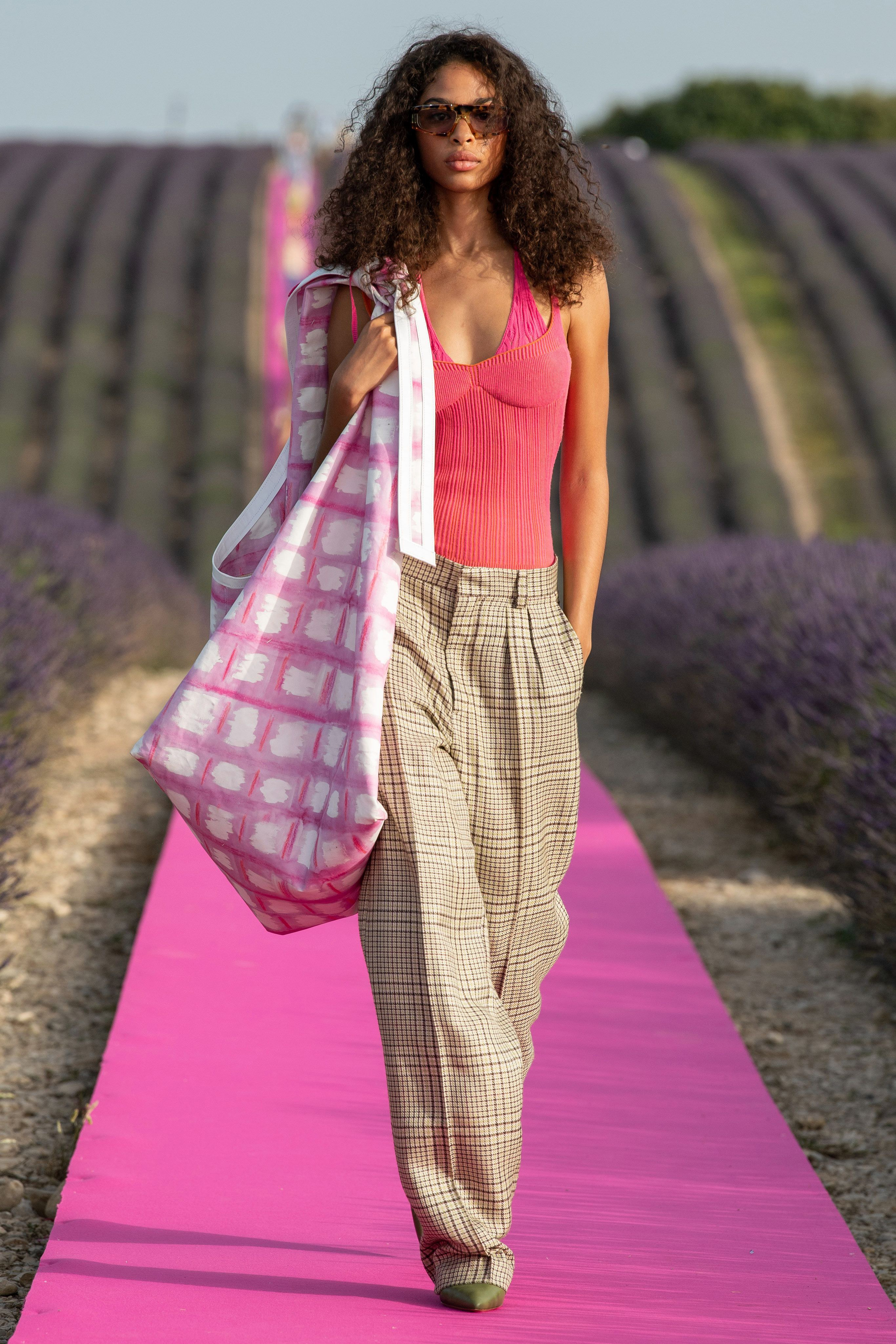 Jacquemus Spring Summer 2020 SS2020 trends runway coverage Ready To Wear Vogue big bag