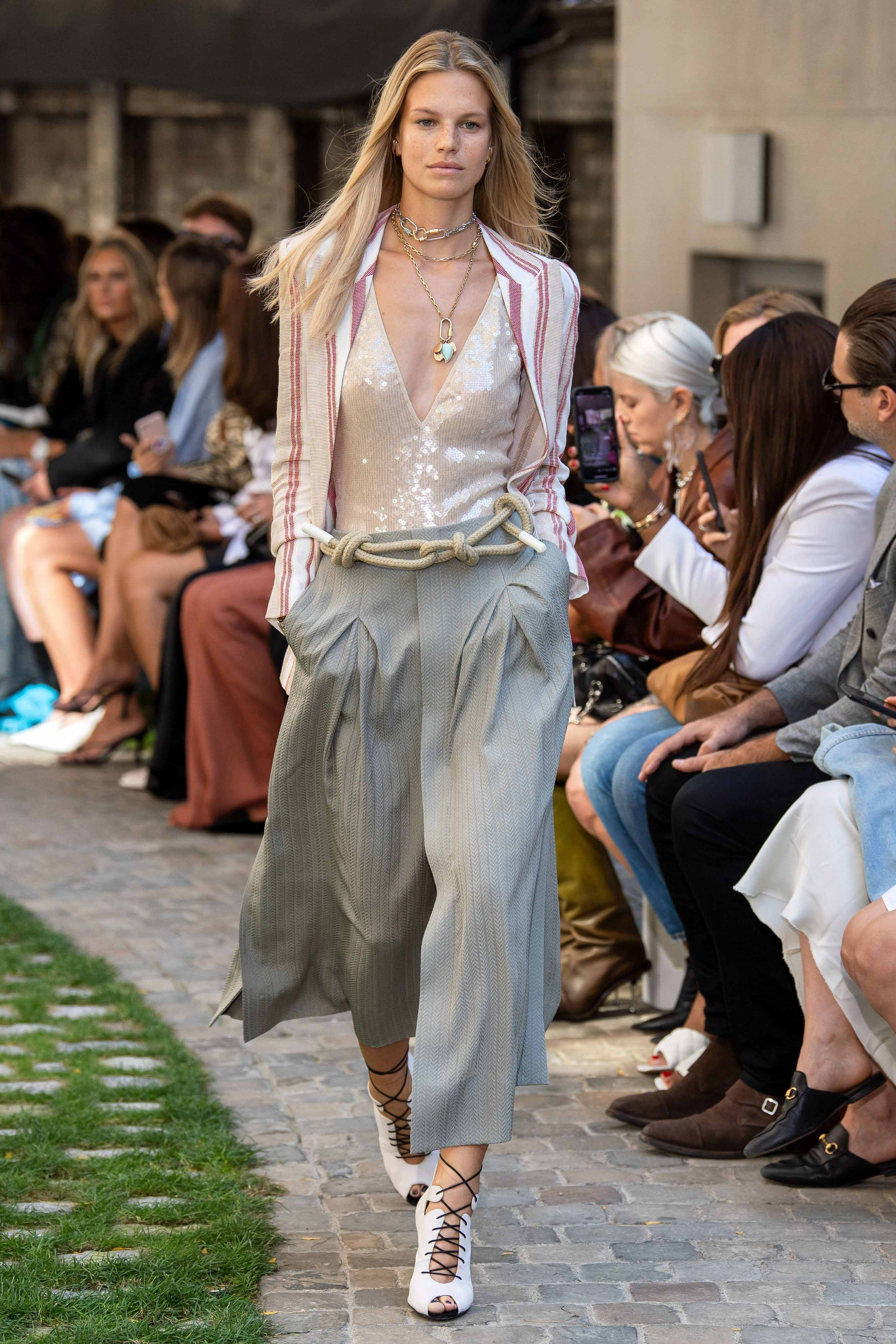 Roland Mouret Spring Summer 2020 SS2020 trends runway coverage Ready To Wear Vogue euphoria rope belt