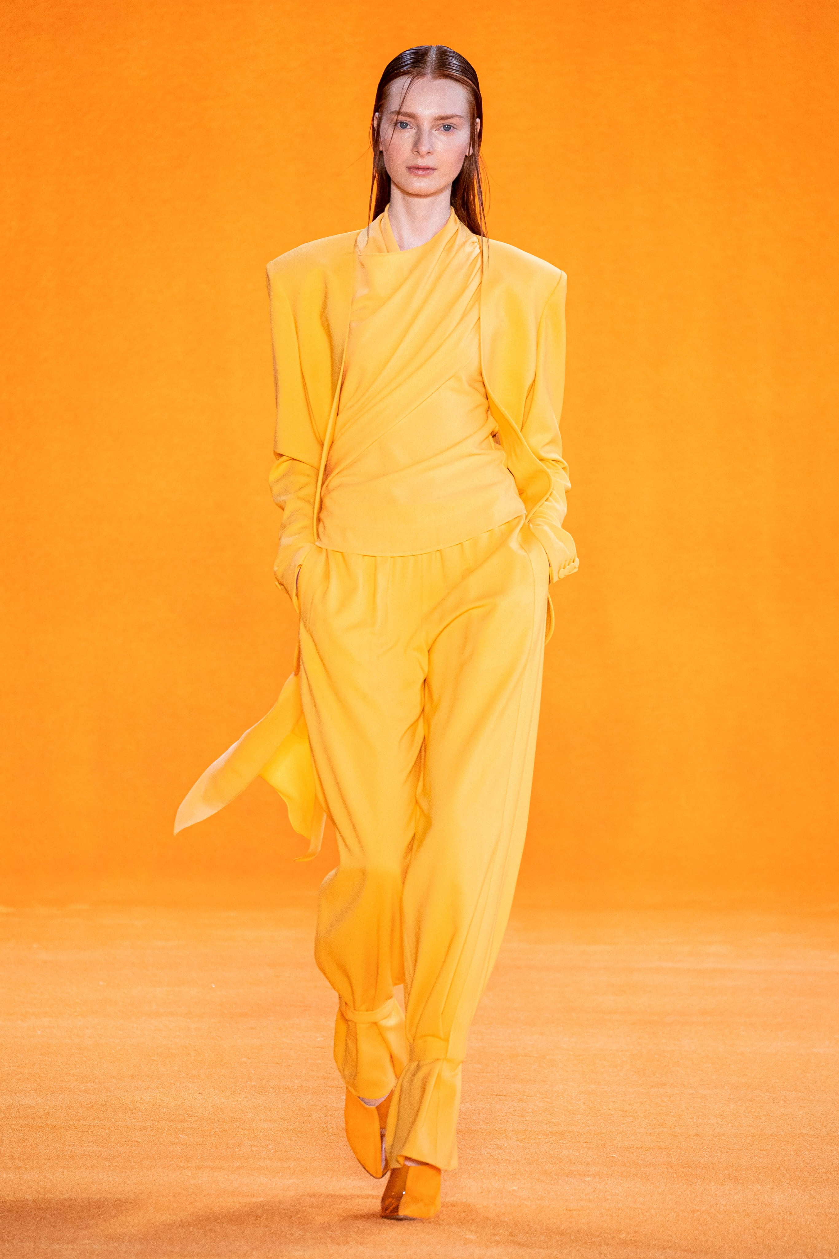 Sally La Pointe Spring Summer 2020 SS2020 trends runway coverage Ready To Wear Vogue monochrome yellow monochrome