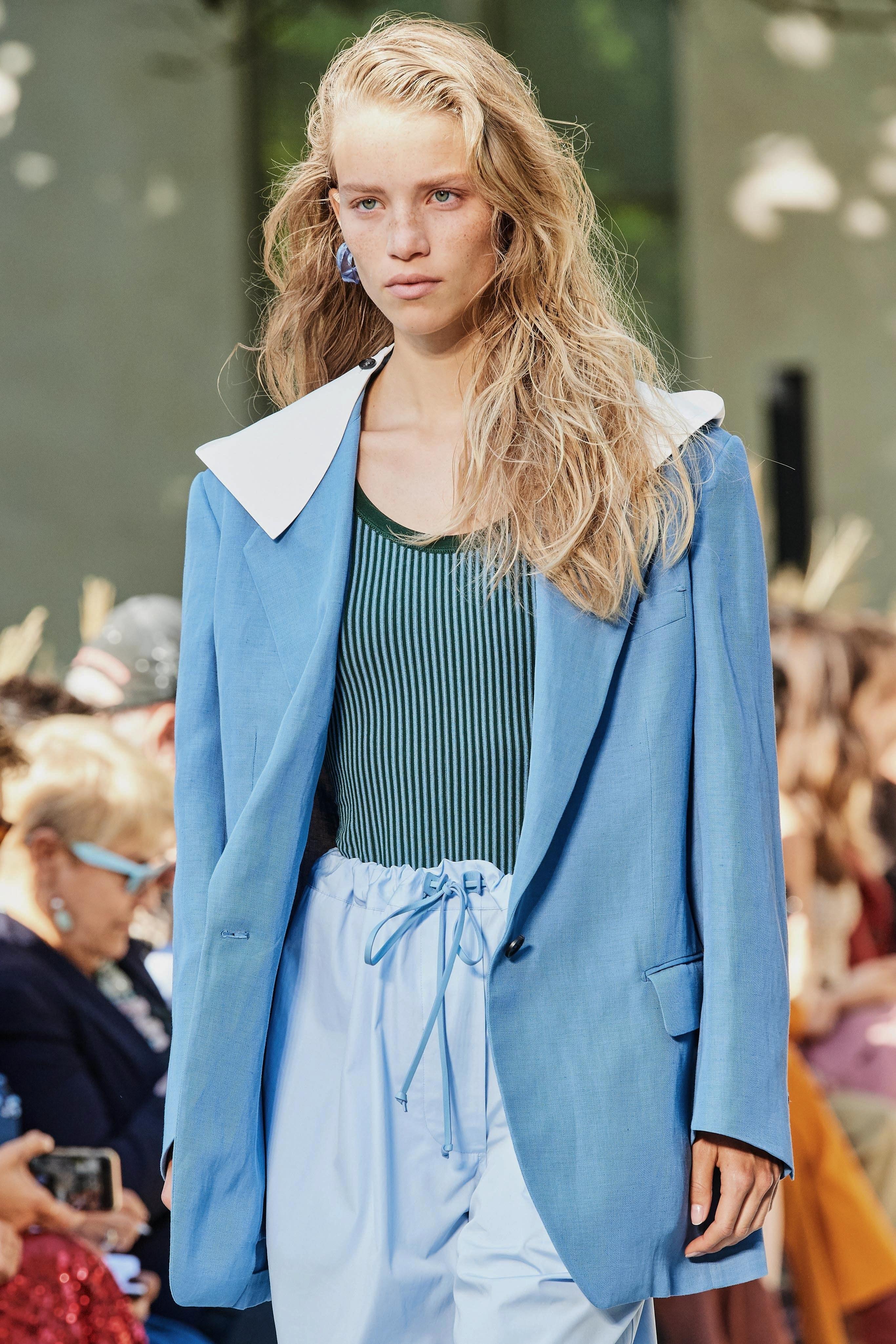 Salvatore Ferragamo Spring Summer 2020 SS2020 trends runway coverage Ready To Wear Vogue collar