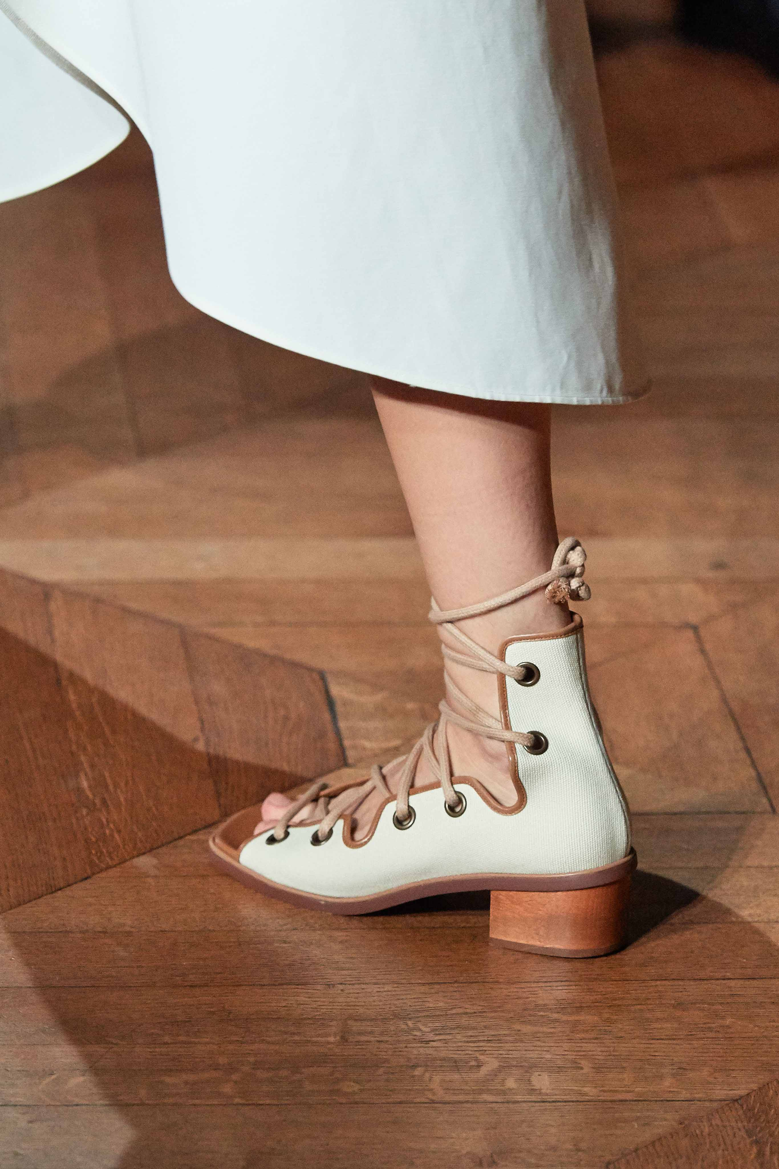 Stella McCartney Spring Summer 2020 SS2020 trends runway coverage Ready To Wear Vogue shoes
