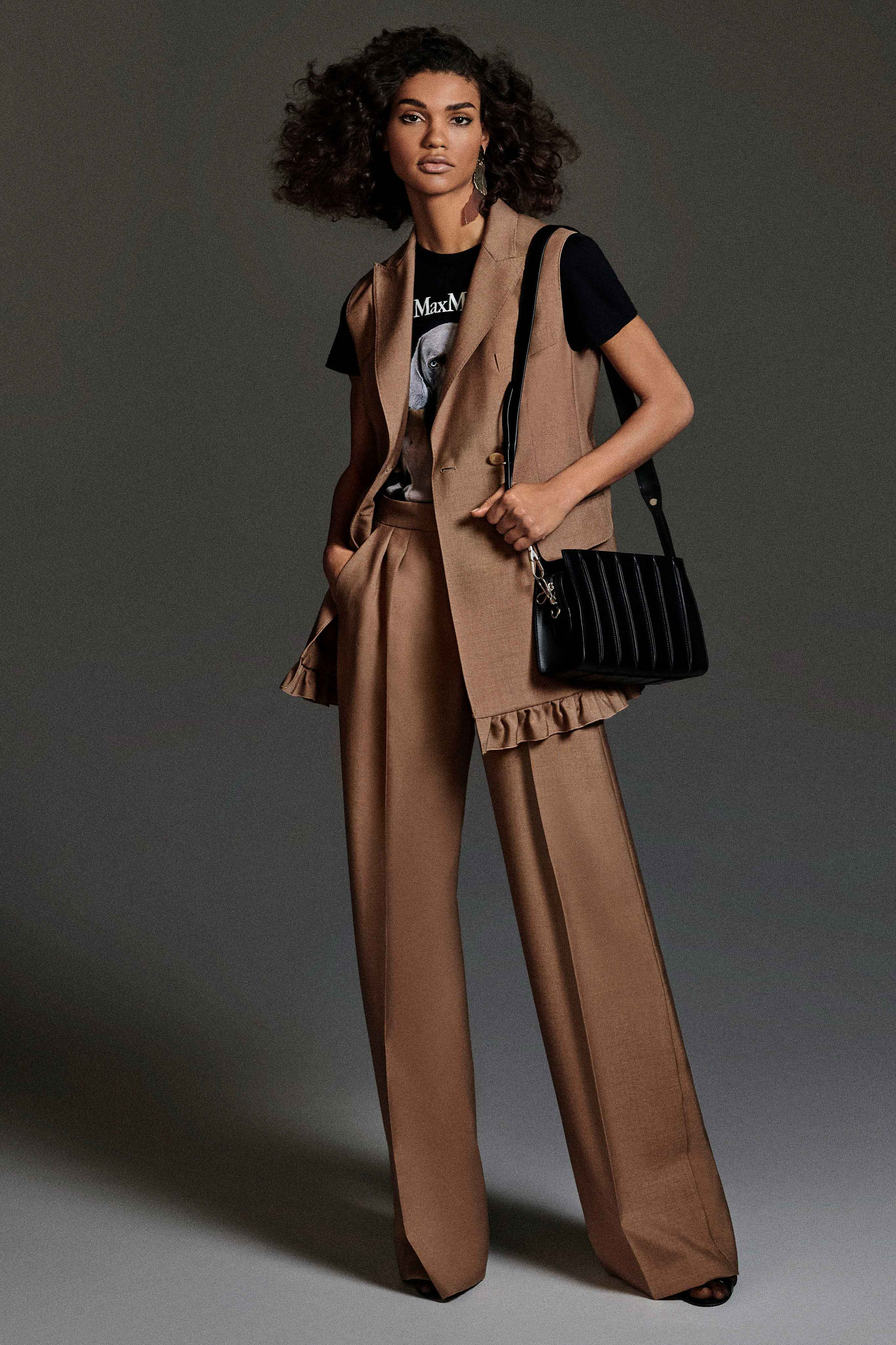 Max Mara Pre fall 2020 Lookbook trends runway coverage Ready To Wear Vogue sleeveless jacket vest