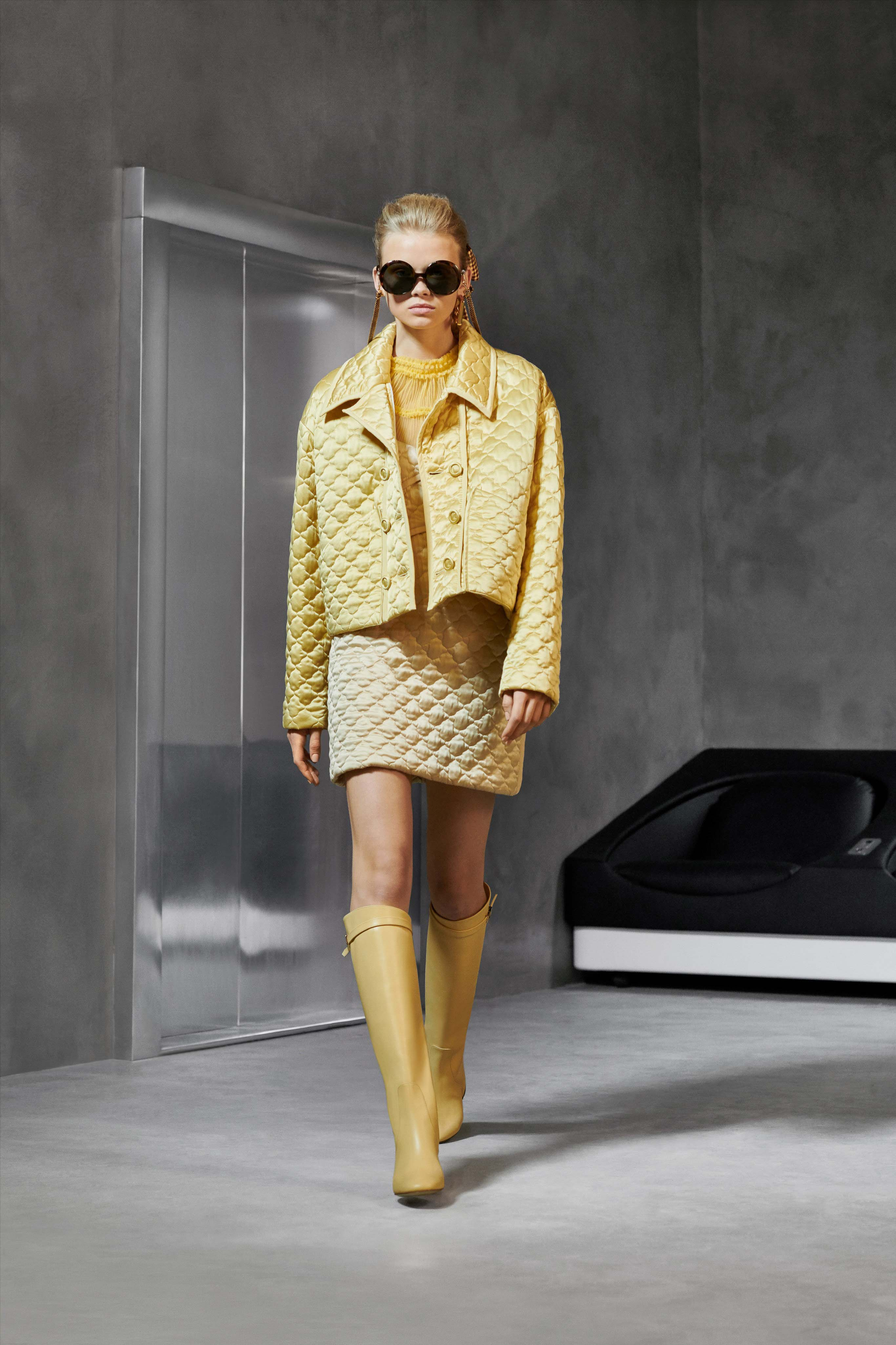 Fendi Pre fall 2020 Lookbook trends runway coverage Ready To Wear Vogue Monochrome
