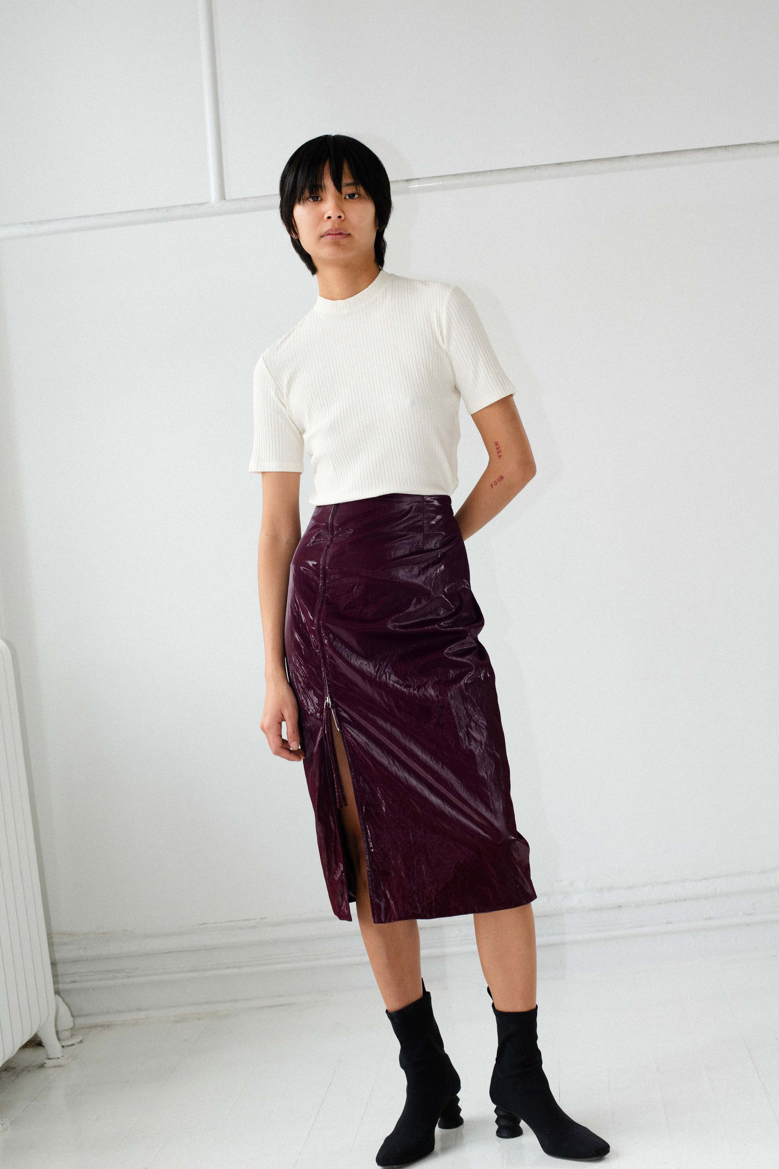 Nomia Pre fall 2020 Lookbook trends runway coverage Ready To Wear Vogue skirt with slit