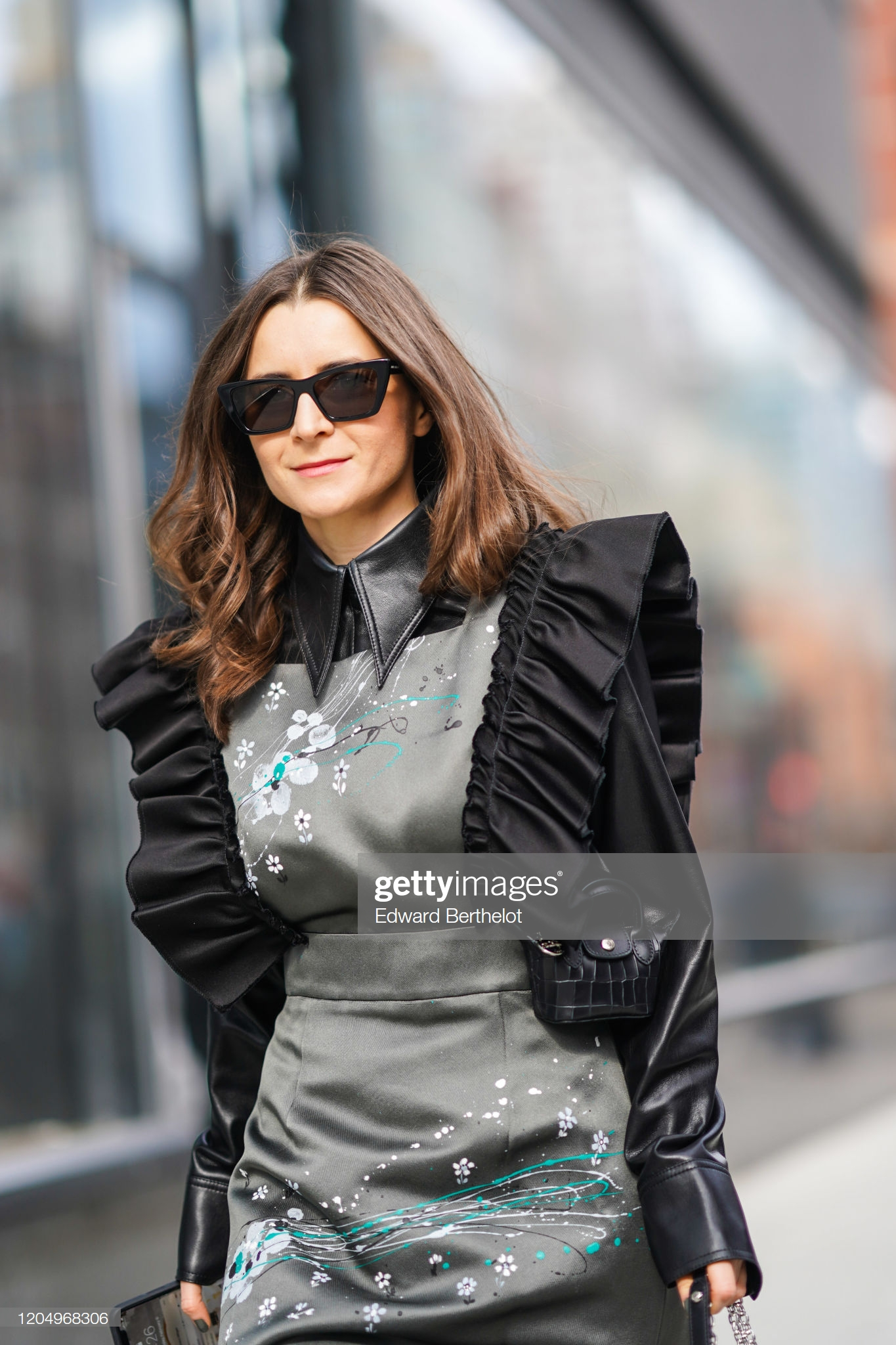 Street Style New York Fashion Week NYFW AW2020 FW2020 Longchamp Julia Comil