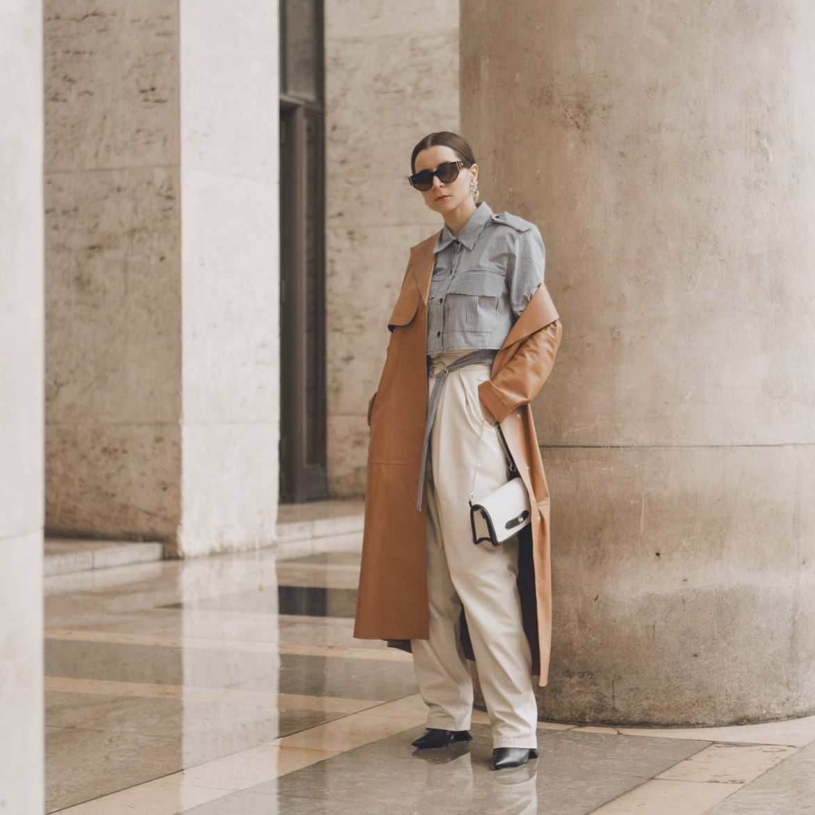 caramel trench paris fashion week street style 2020 AW march 2020 julia comil sportmax the frankie shop l etrange paris