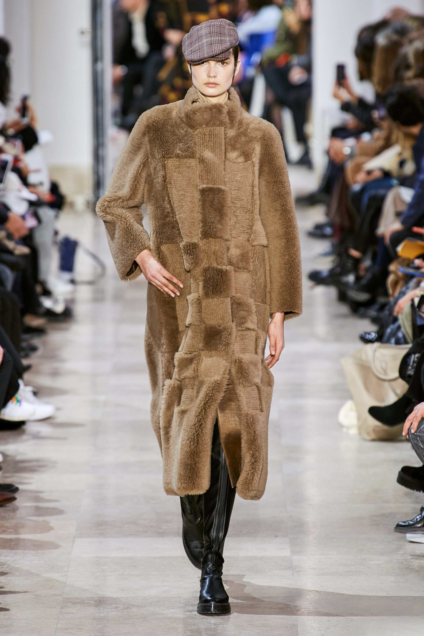 Akris Fall Winter 2020 trends runway coverage Ready To Wear Vogue shaggy