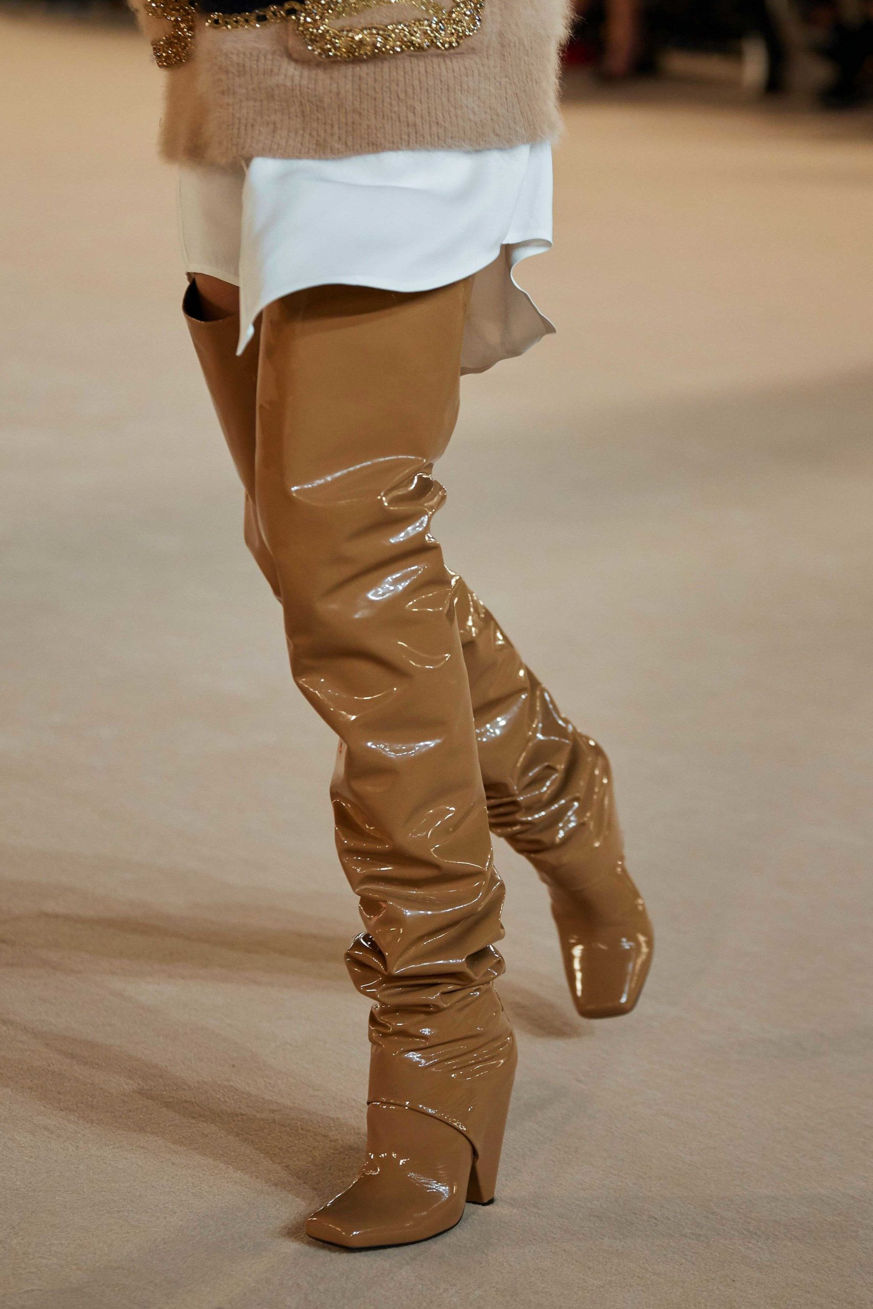 Balmain Fall Winter 2020 trends runway coverage Ready To Wear Vogue over the knee boots