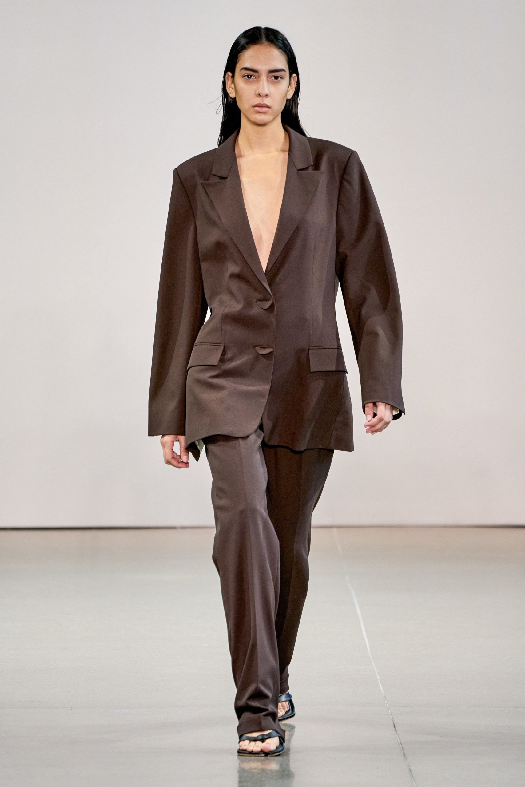 Bevza Fall Winter 2020 trends runway coverage Ready To Wear Vogue brown monochrome