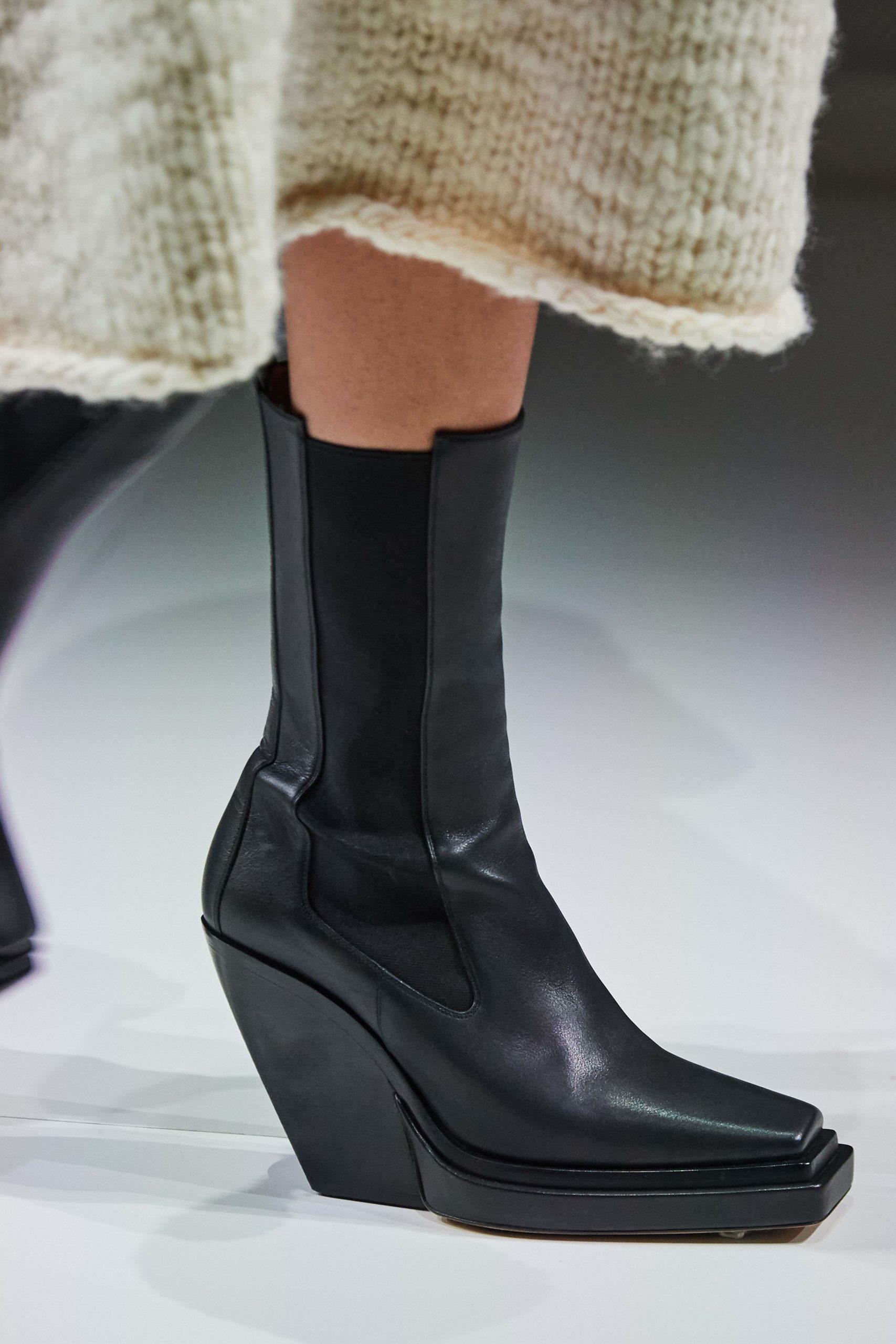 Bottega Veneta Fall 2020 trends runway report Ready To Wear Vogue details boots
