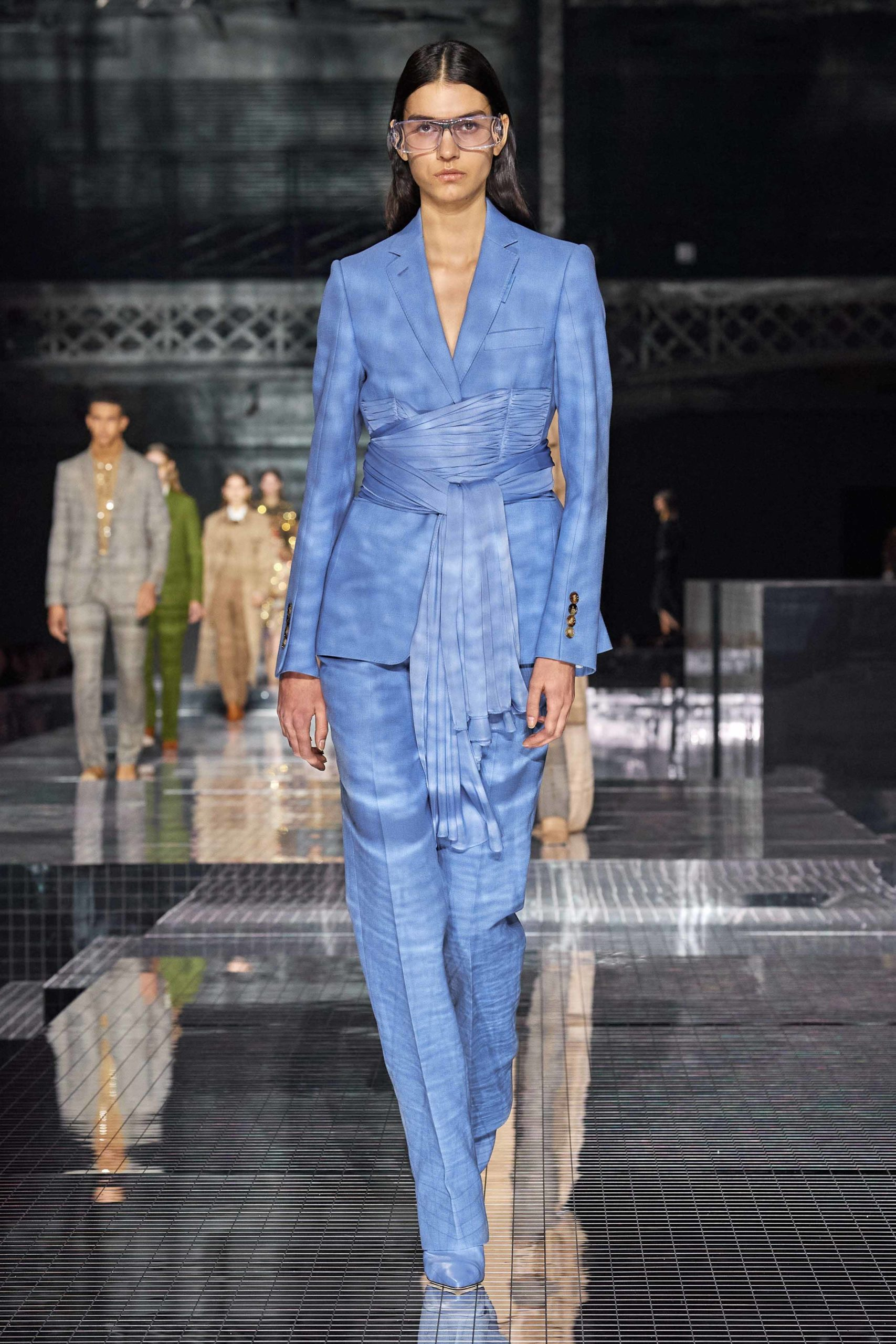 Burberry Fall 2020 trends runway report Ready To Wear Vogue blue
