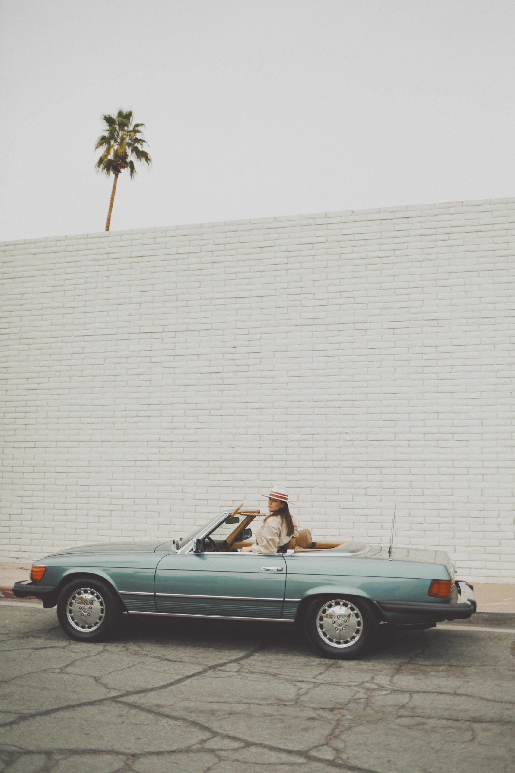 California Dreaming +california + road trip + los angeles + julia comil + modersvp + fashion + editorial + influencer + french + inspiration + palm springs + Mercedes SL + Turo Car Rental + vintage car + longchamp bag