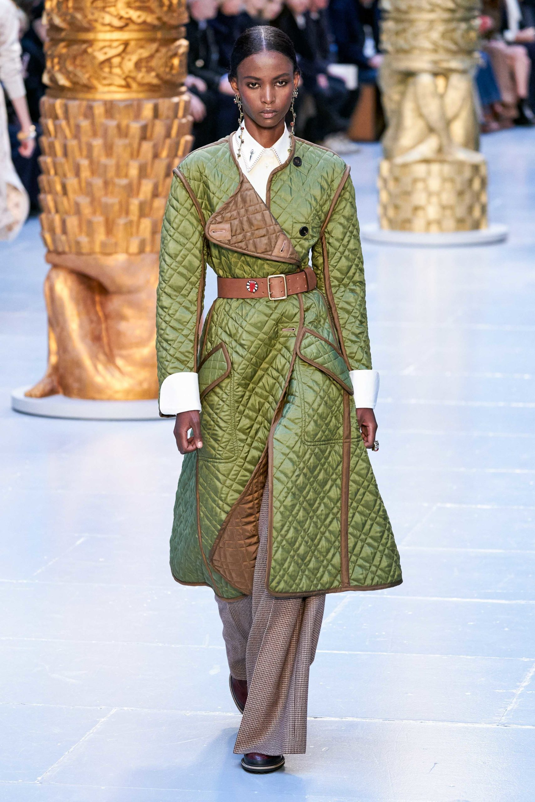 Chloe Fall Winter 2020 trends runway coverage Ready To Wear Vogue brown waffle quilted