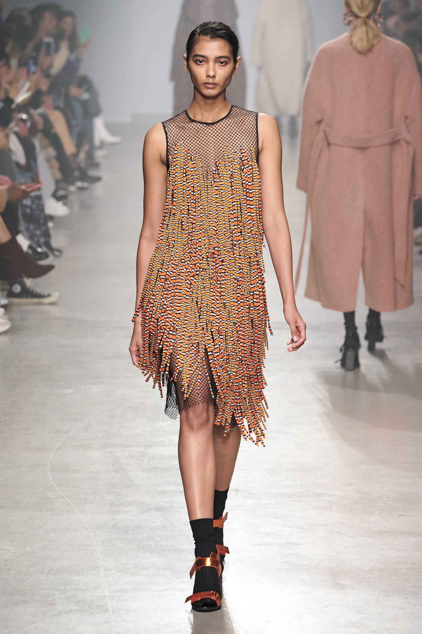 Christian Wijnants Fall Winter 2020 trends runway coverage Ready To Wear Vogue fringe