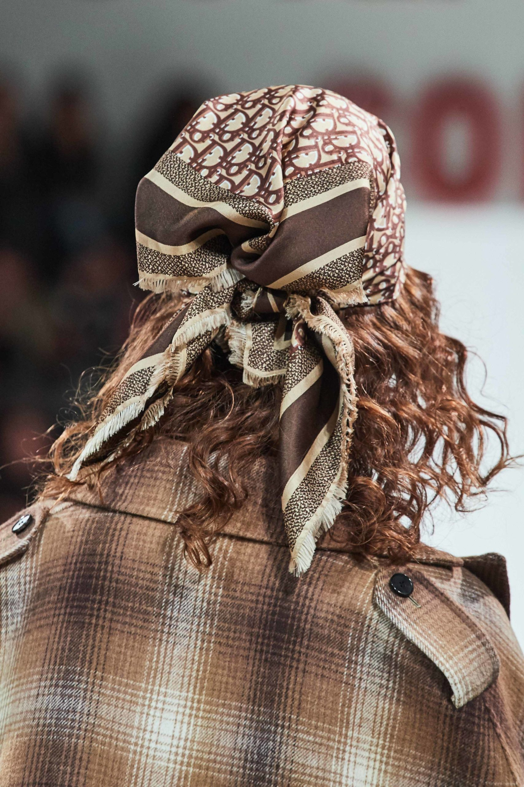 Dior Fall Winter 2020 trends runway coverage Ready To Wear Vogue details scarf best fall 2020 details