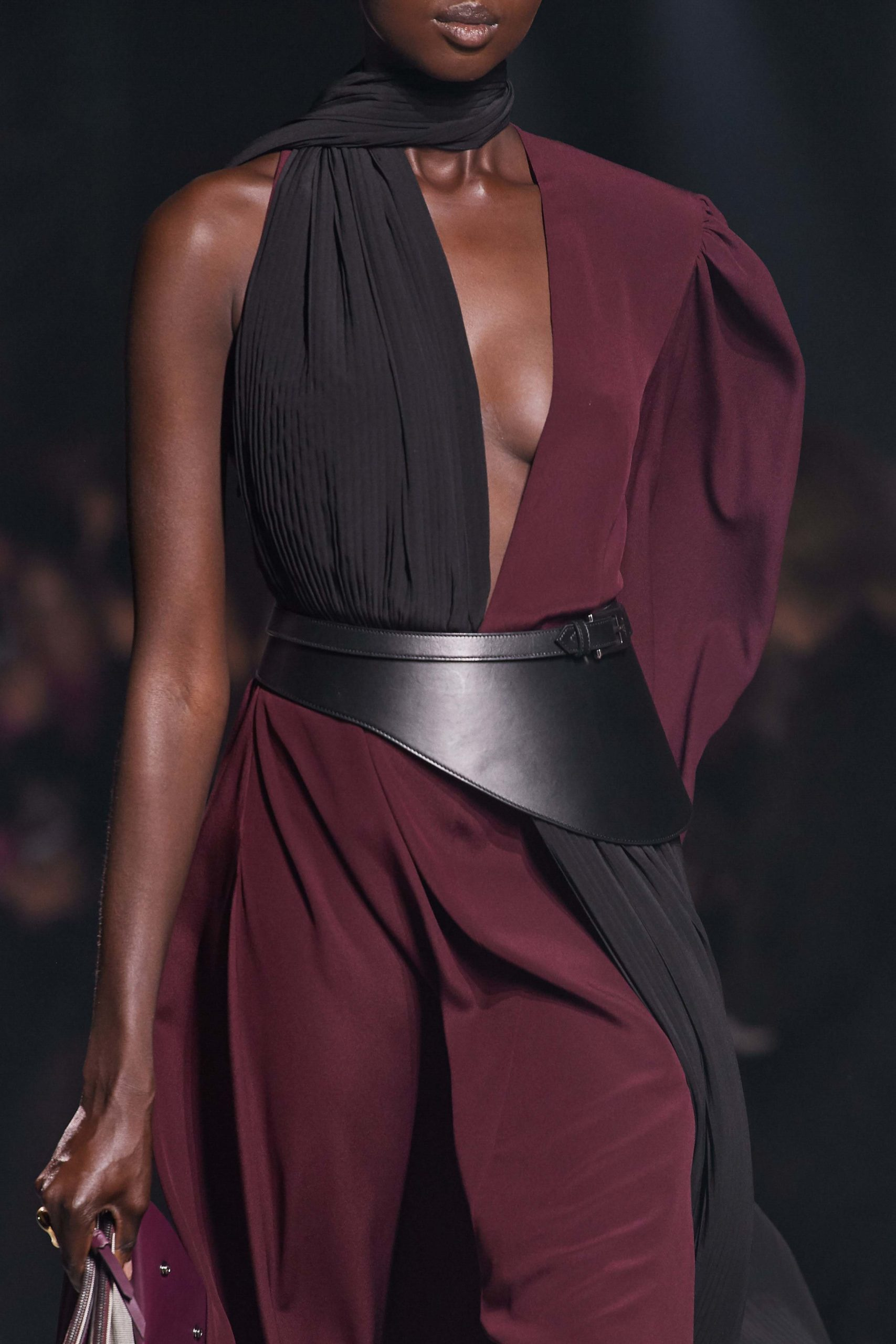 Givenchy Fall 2020 trends runway coverage Ready To Wear Vogue belt