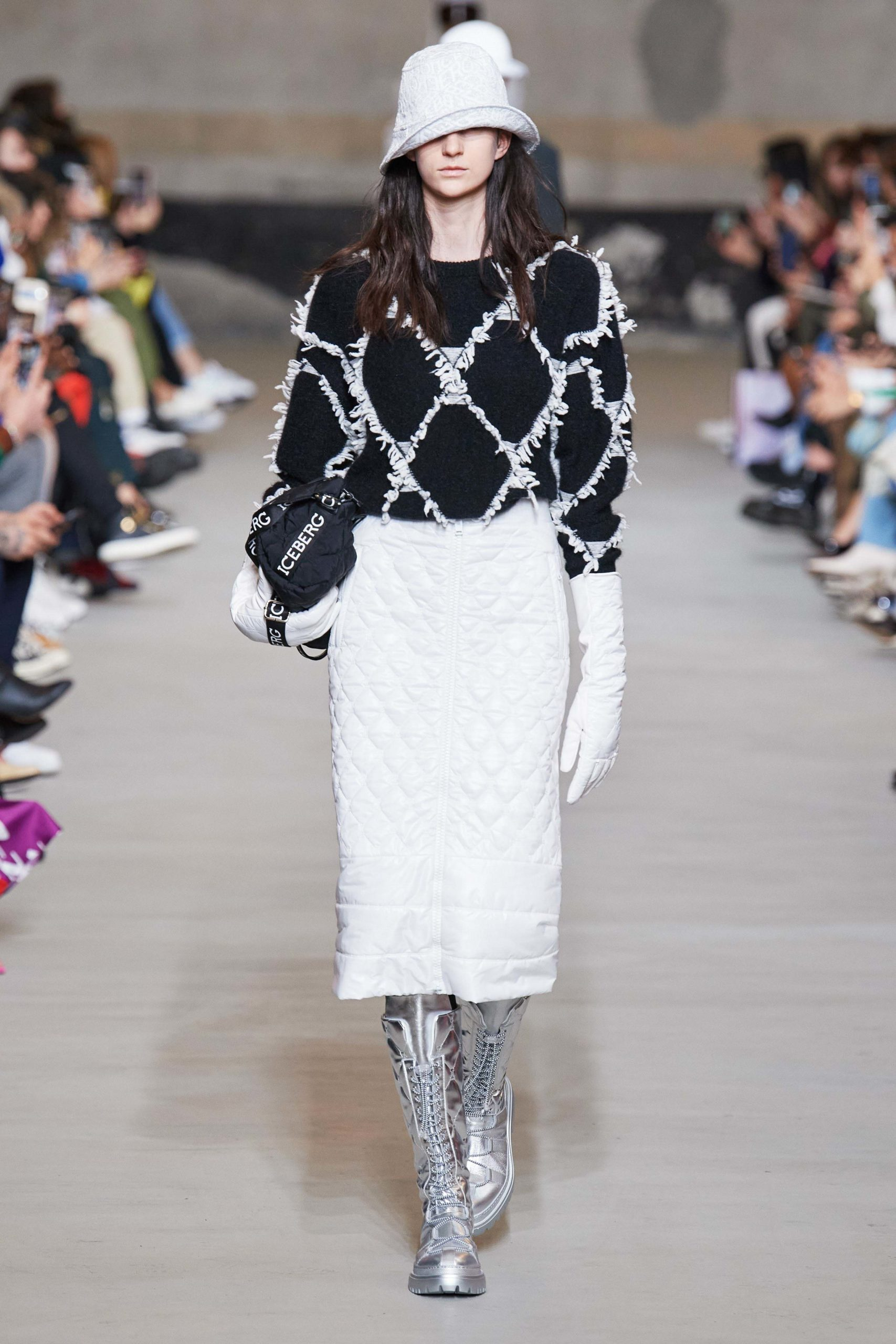Iceberg Fall 2020 trends runway coverage Ready To Wear Vogue waffle square quilted