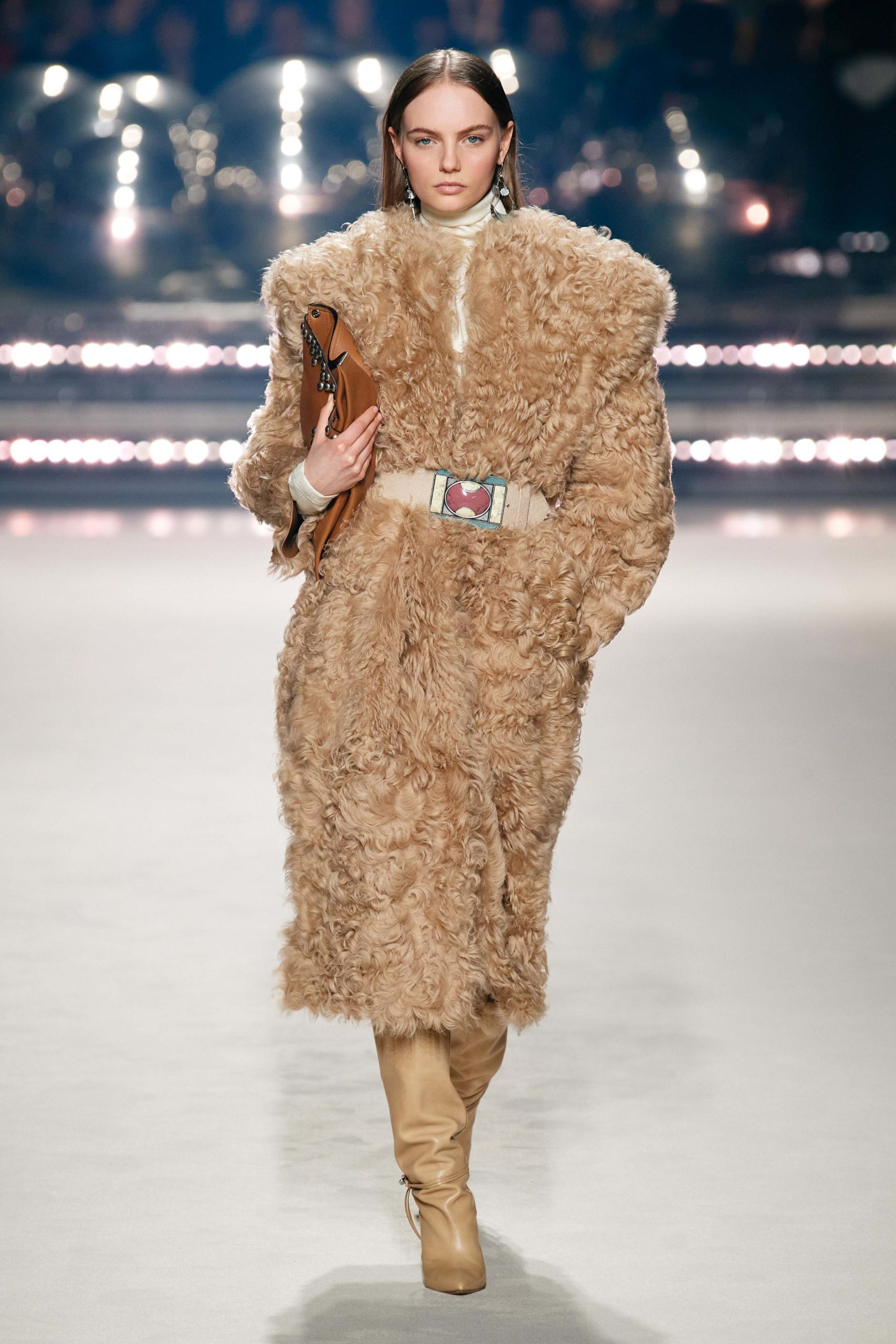 Isabel Marant Fall 2020 trends runway coverage Ready To Wear Vogue shaggy