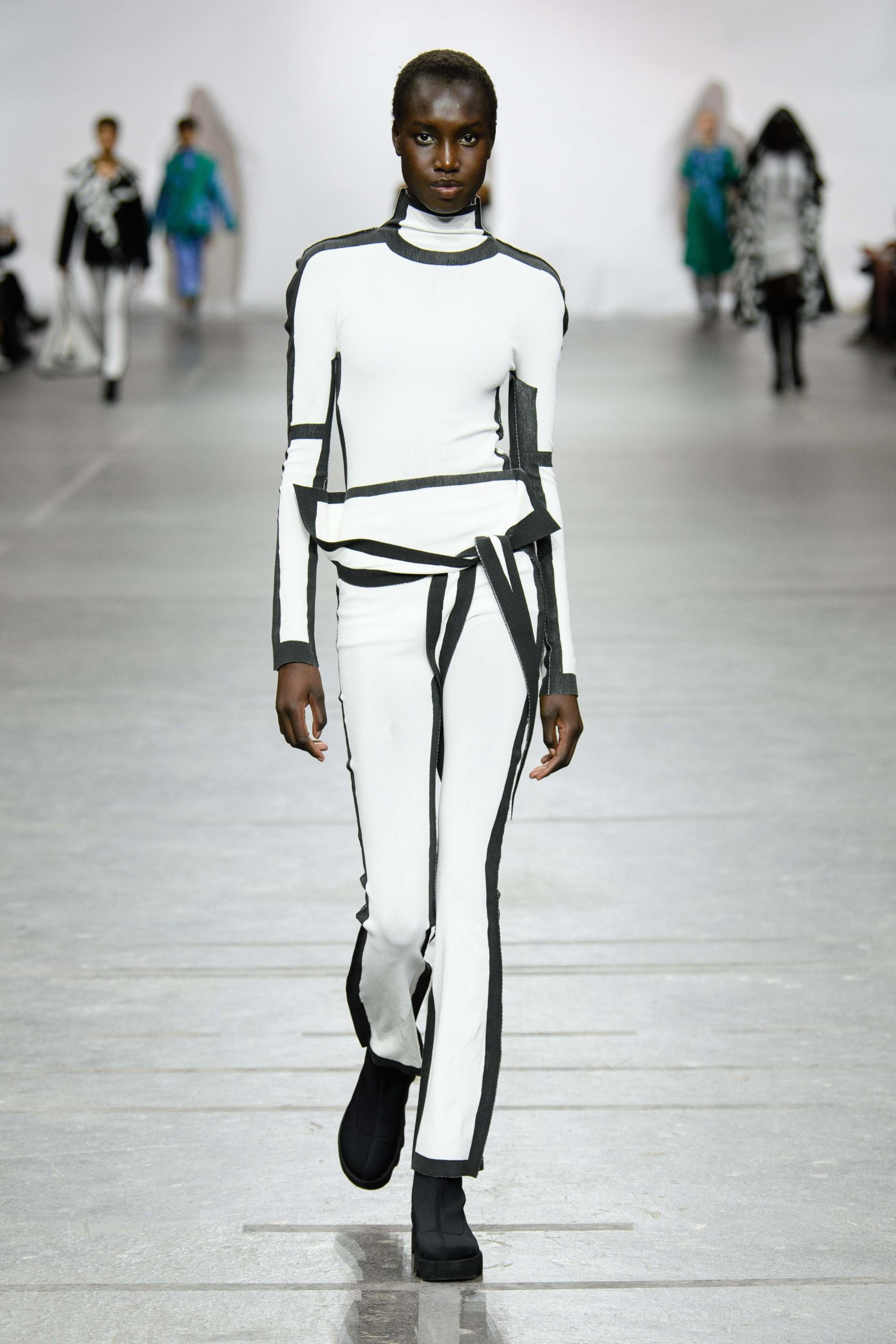 Issey Miyake Fall 2020 trends runway coverage Ready To Wear Vogue front tie
